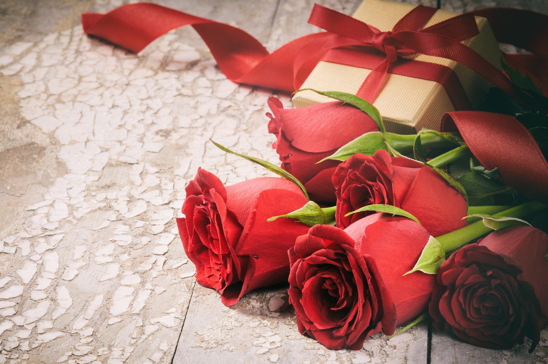 С юбилеем картинка с розами