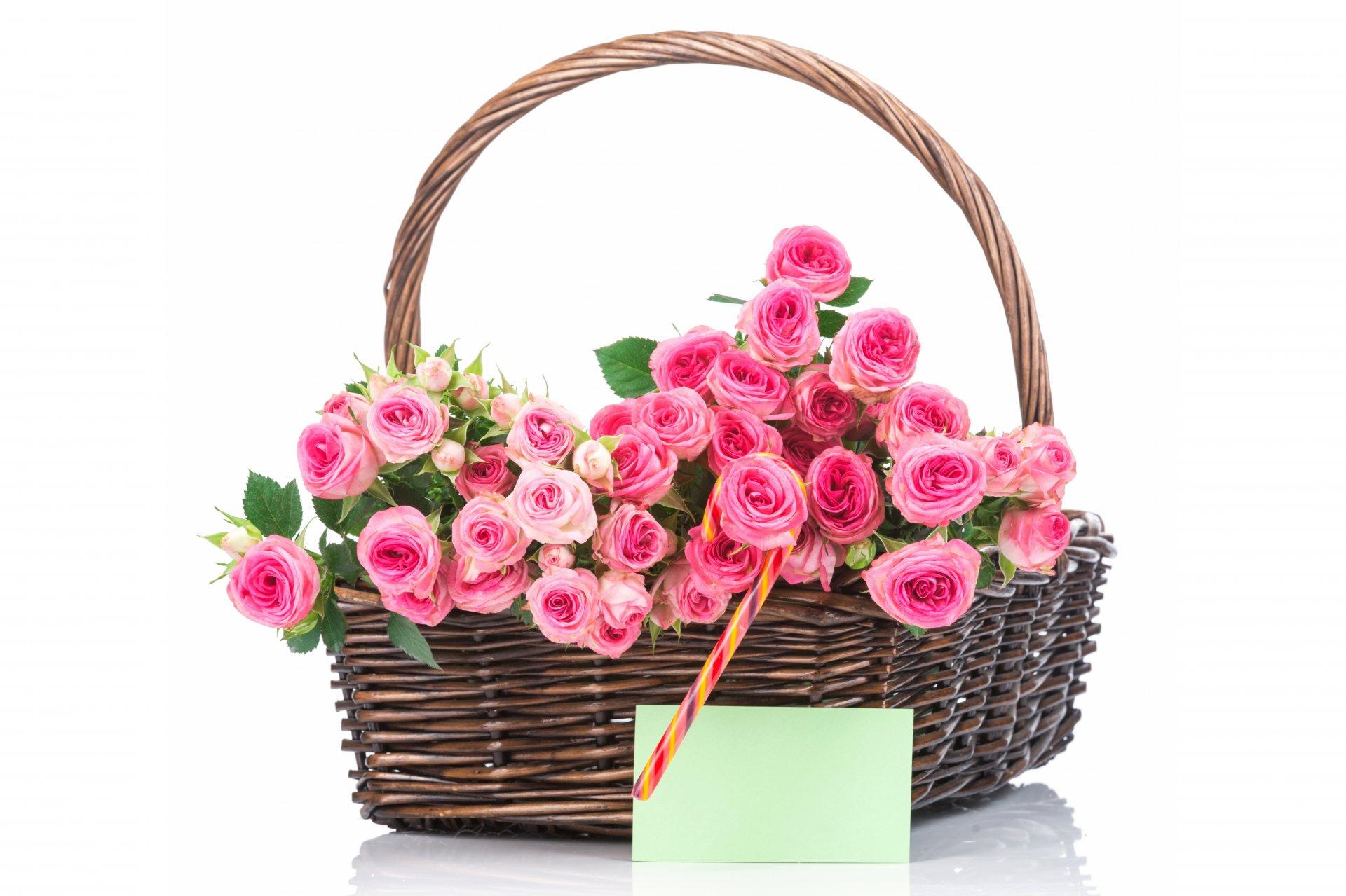 Открытка с днем рождения розы в корзине, оловянной свадьбой