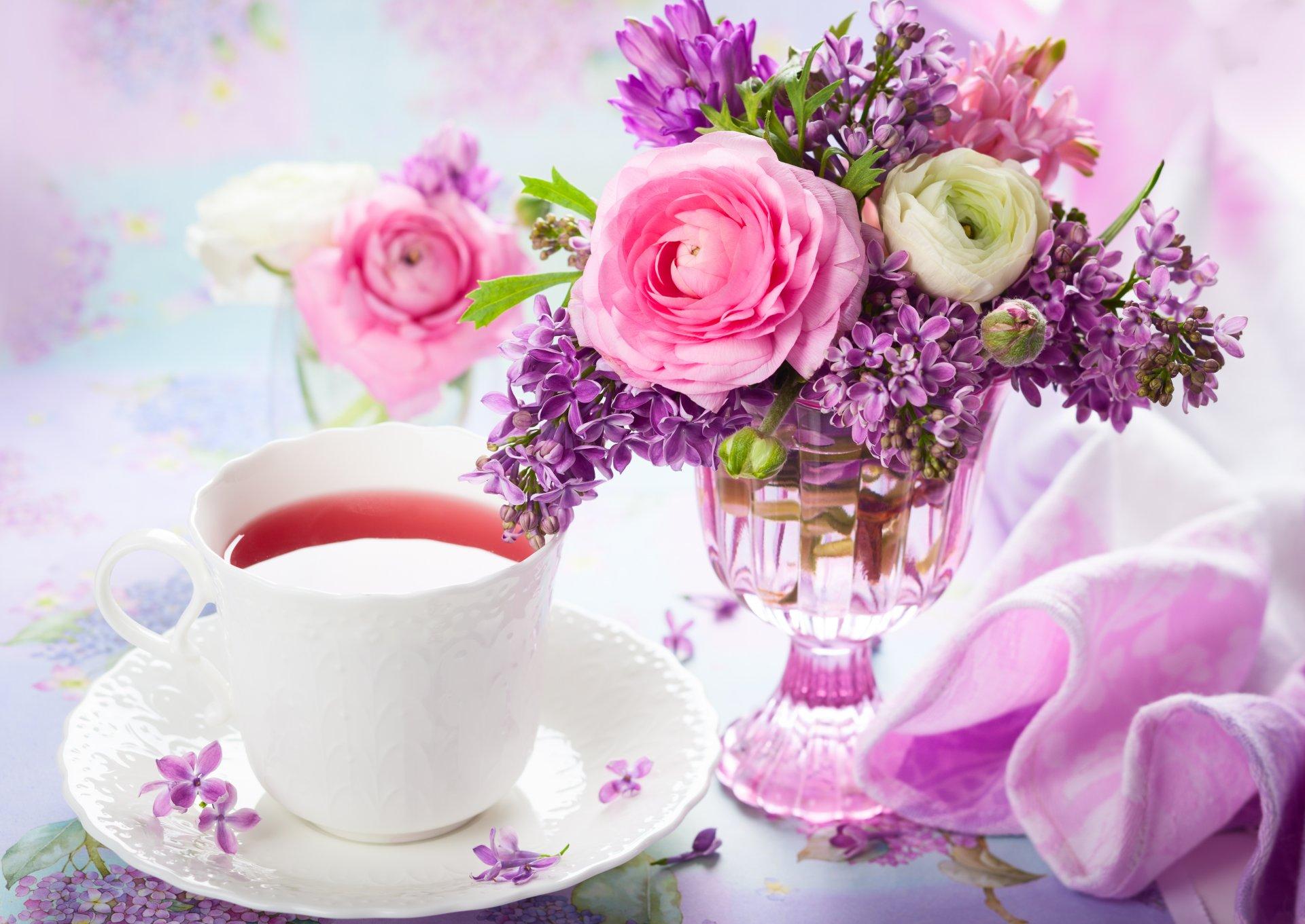 это красивейшие картинки с добрым утром и цветы бокалы снова, то