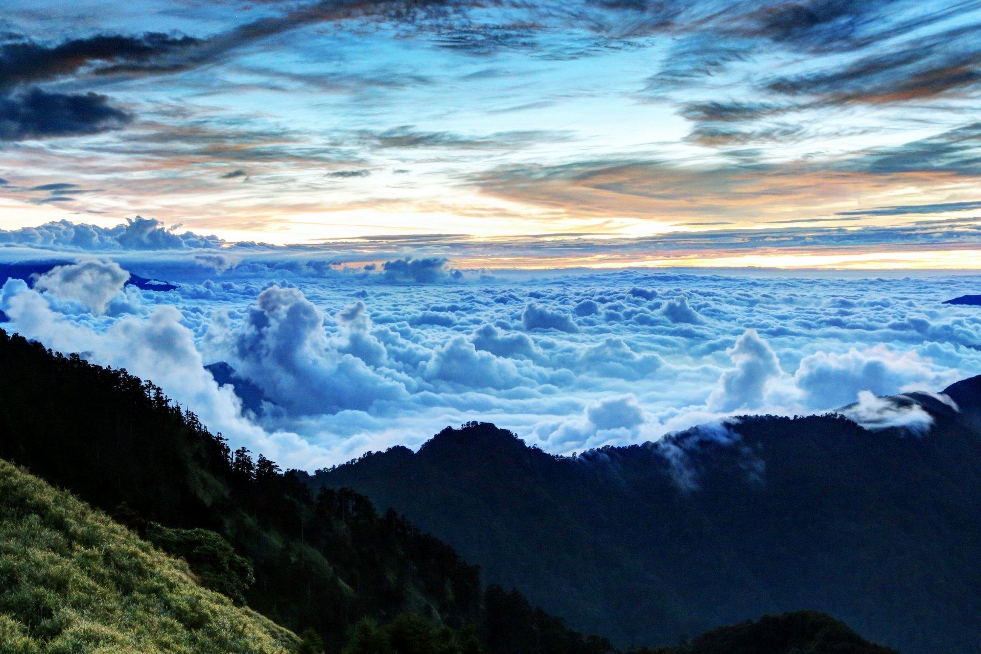 красивые картинки гор с облаками увеличение высчитывается делением
