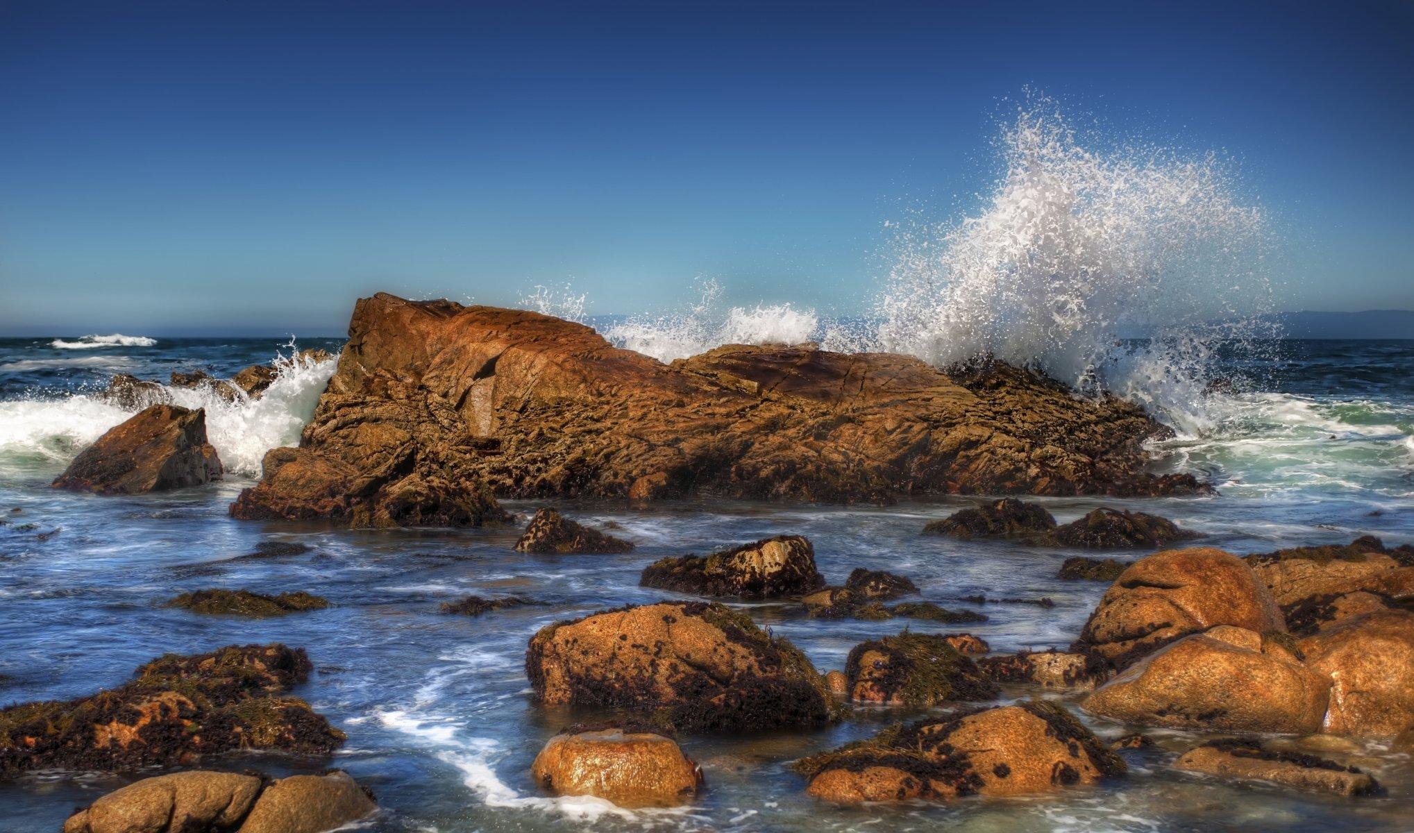 Камень море берег  № 1356490 бесплатно