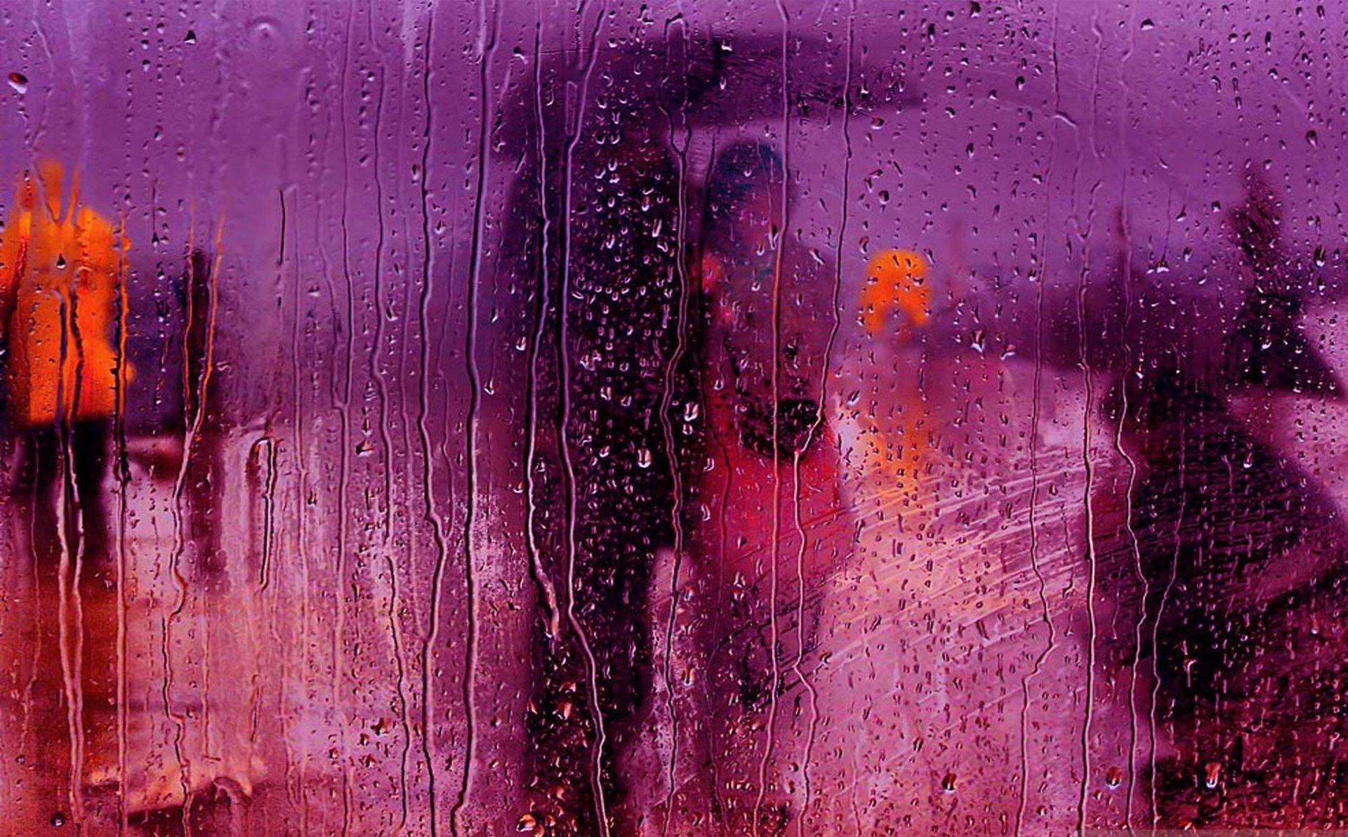 Поцелуй под дождем  № 3358196  скачать