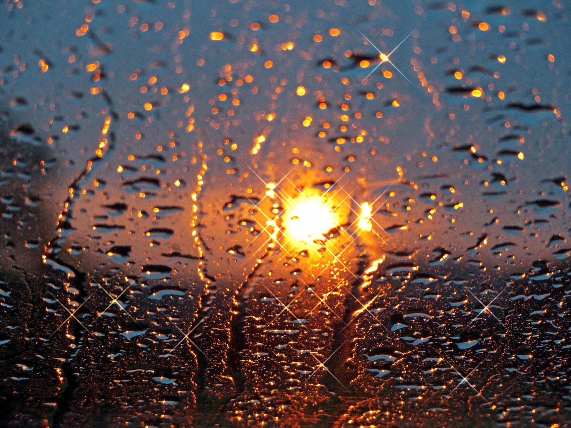 Картинка дождя на стекле, любимой крестной своими