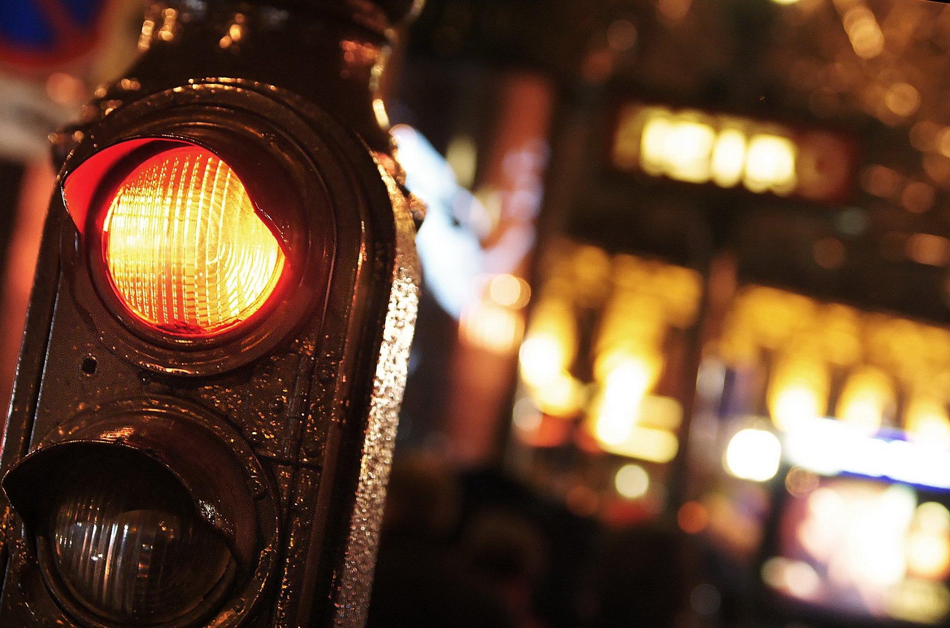 пешеходный переход красный свет  № 1504834 без смс