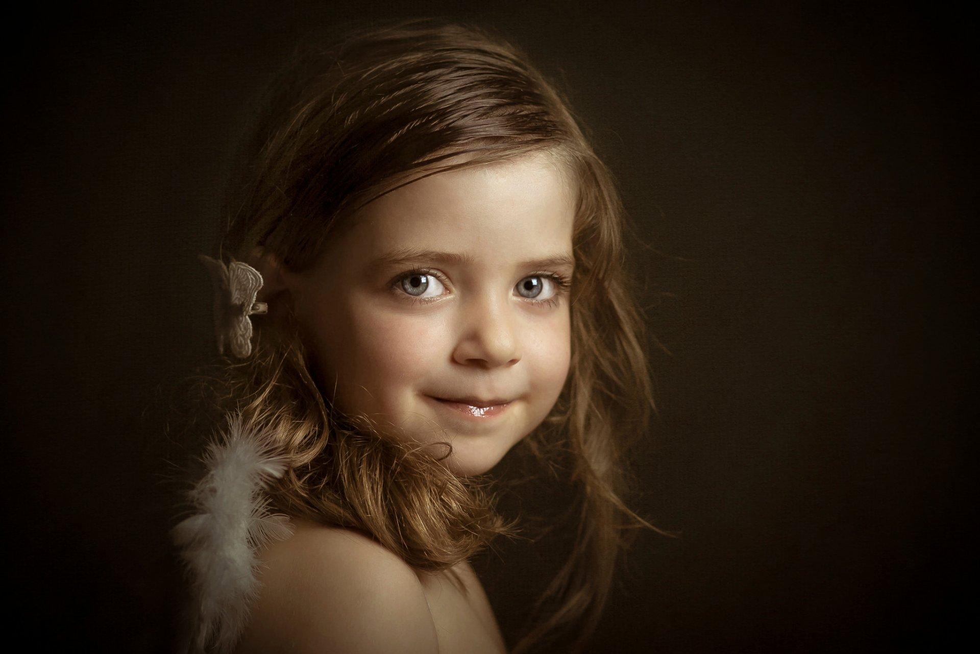 фотопортрет высокого разрешения лауры ангел потом