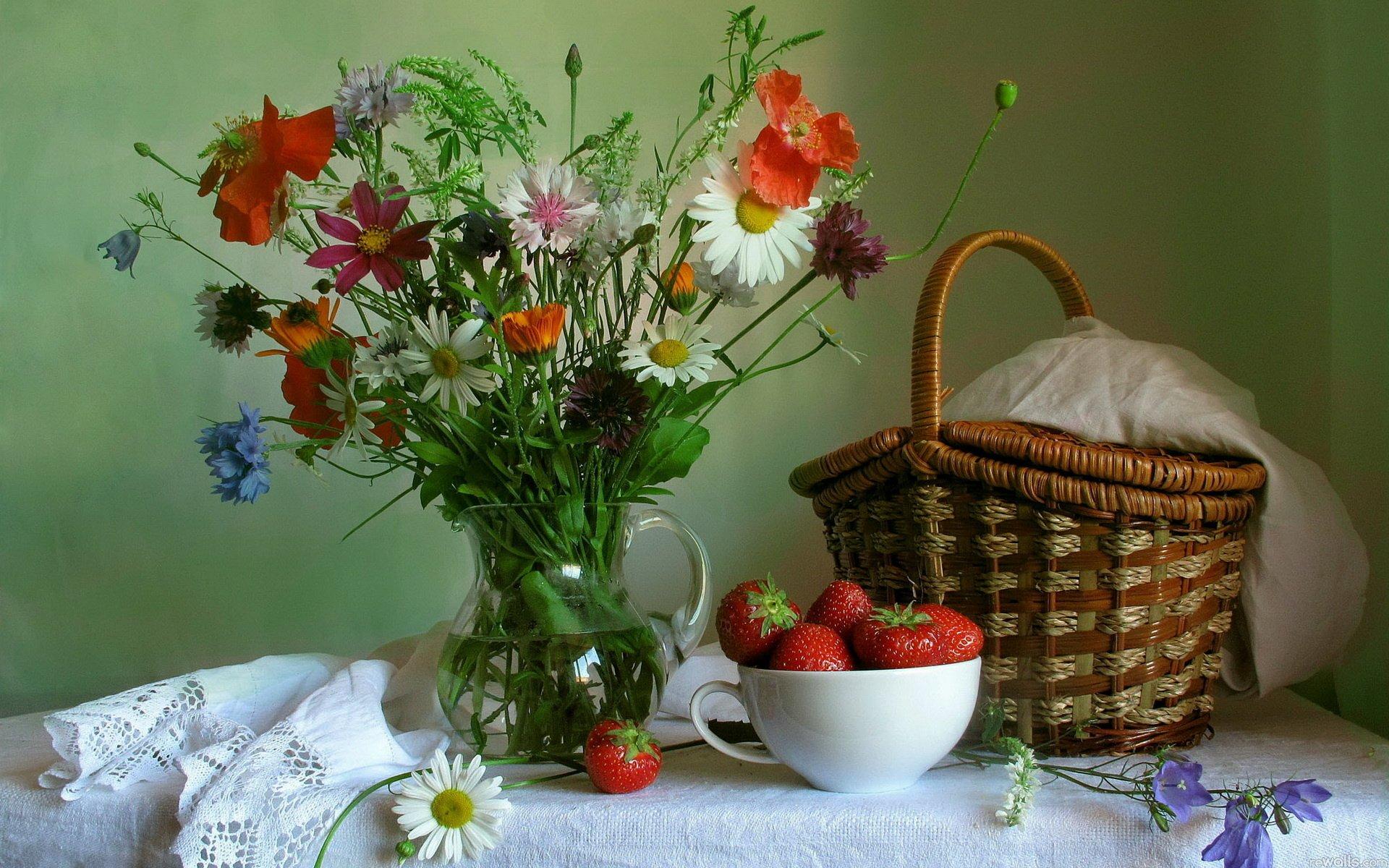Обои фрукты, натюрморт, кубок, яблоки, цветы. Разное foto 14