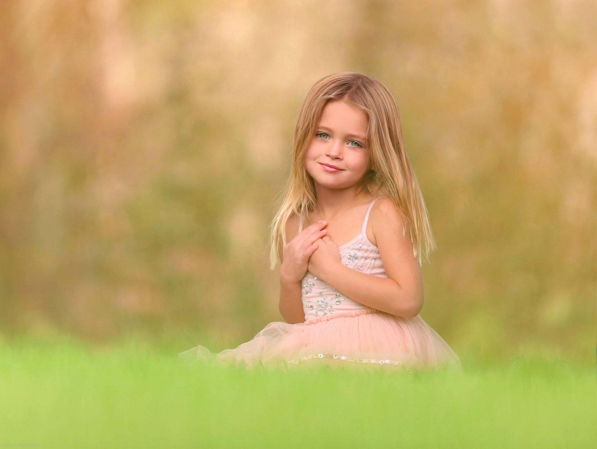 Фото девушки с маленькими, Маленькая грудьфото. Девушки с натуральной 17 фотография
