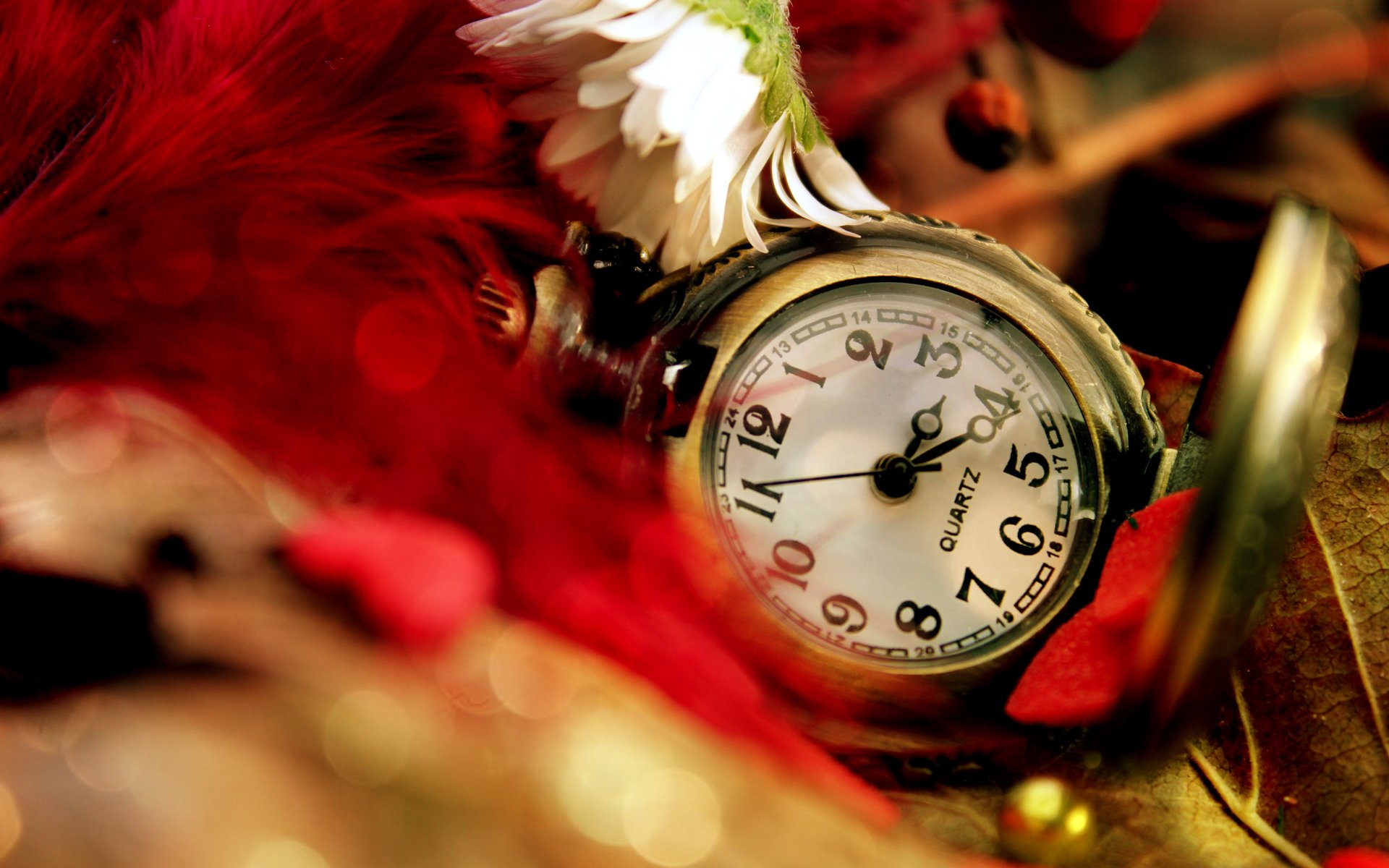 Карманные часы и скатерть  № 2171699  скачать