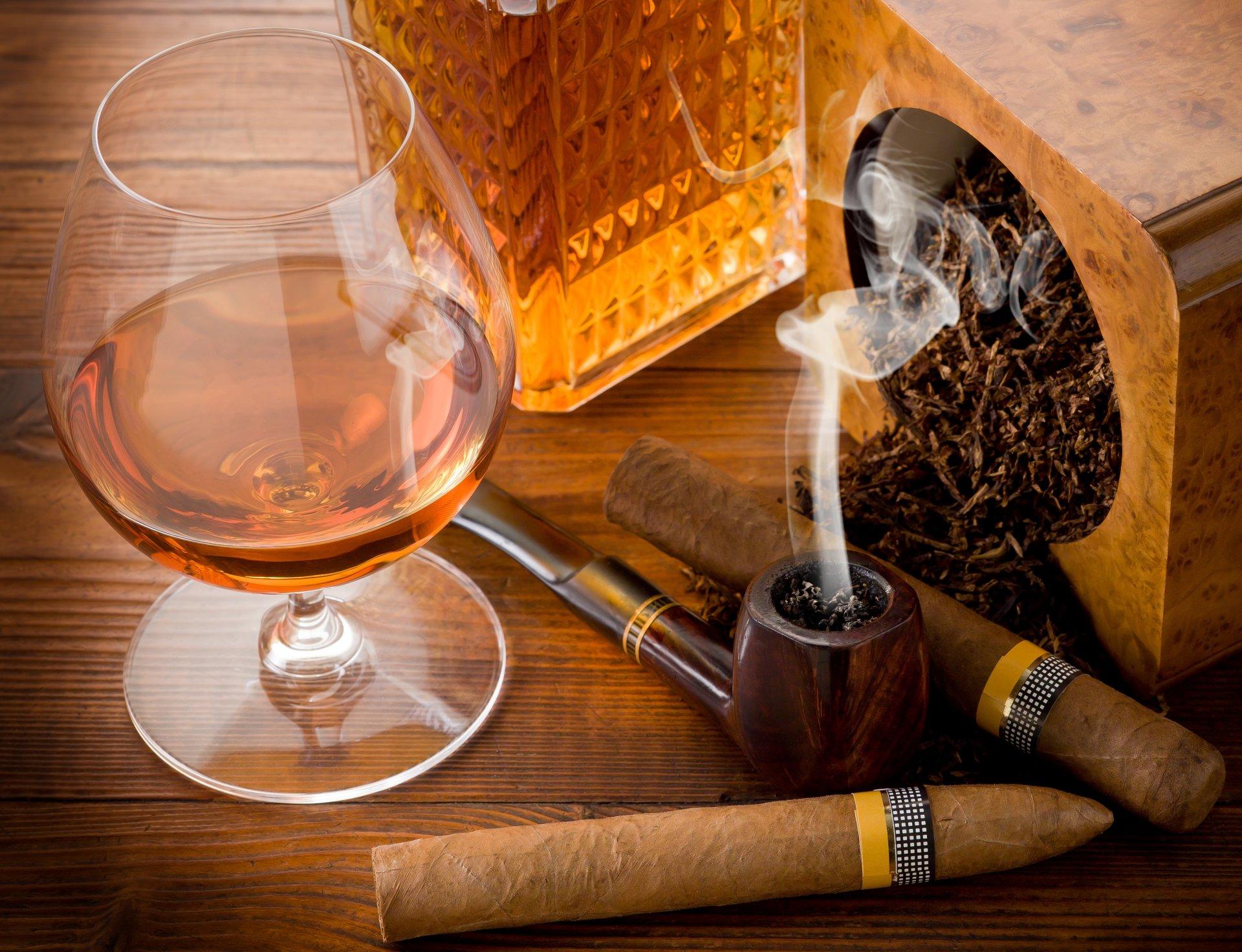 Обои телефон, поздравительная открытка виски сигары