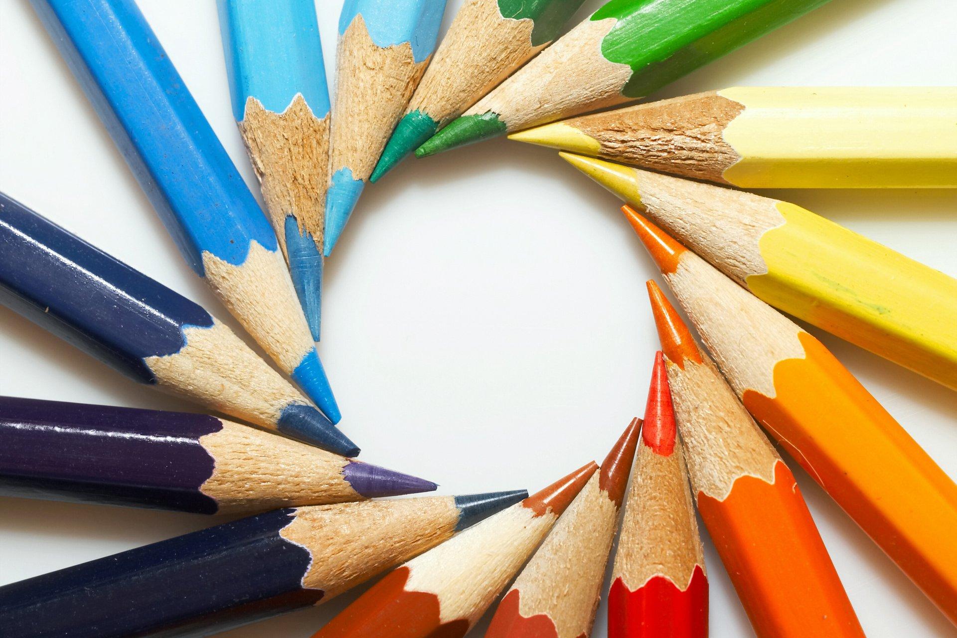 разноцветные карандаши  № 2931991  скачать