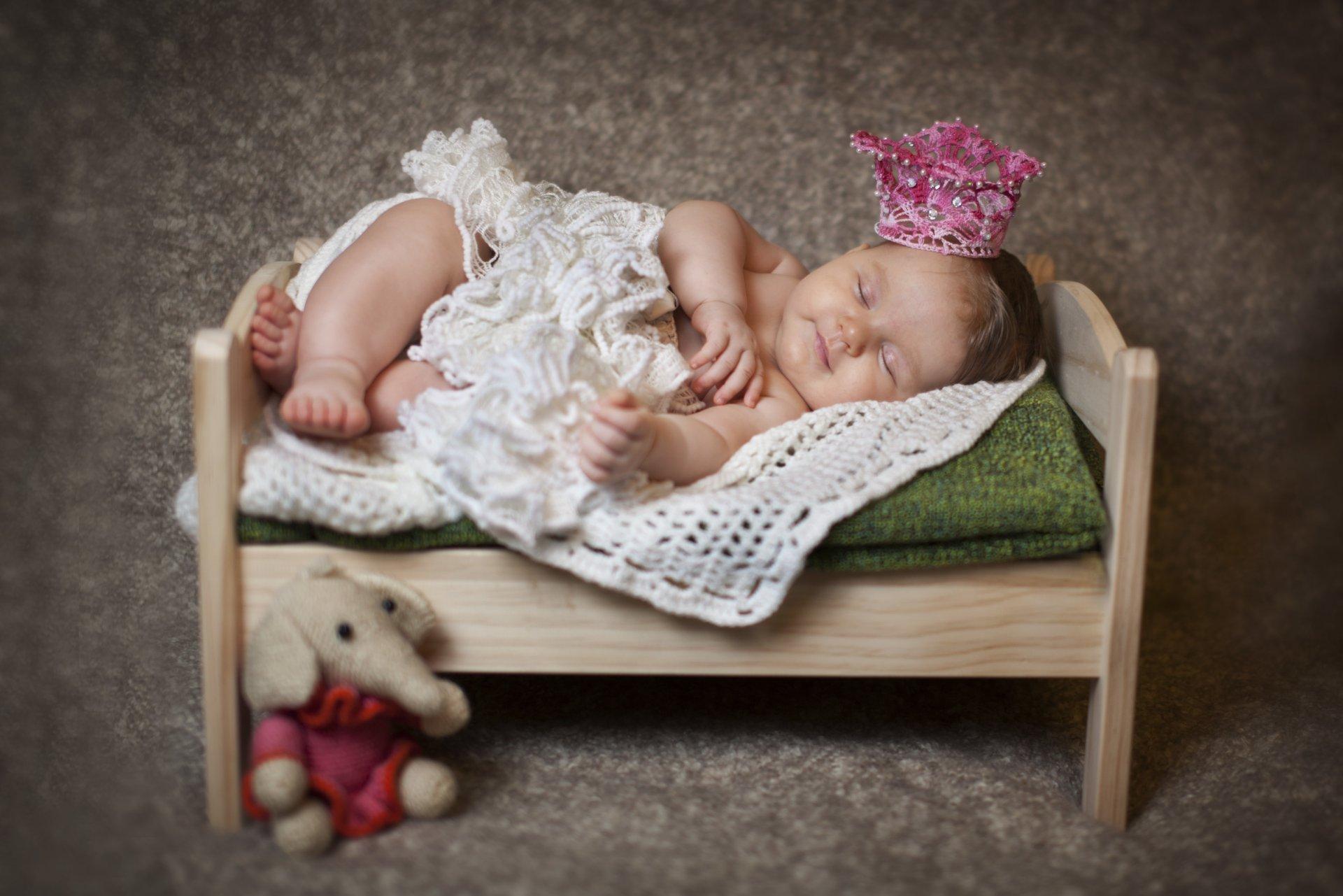 счет того, к чему снится ребенок стал куклой предлагаем Вам следующие