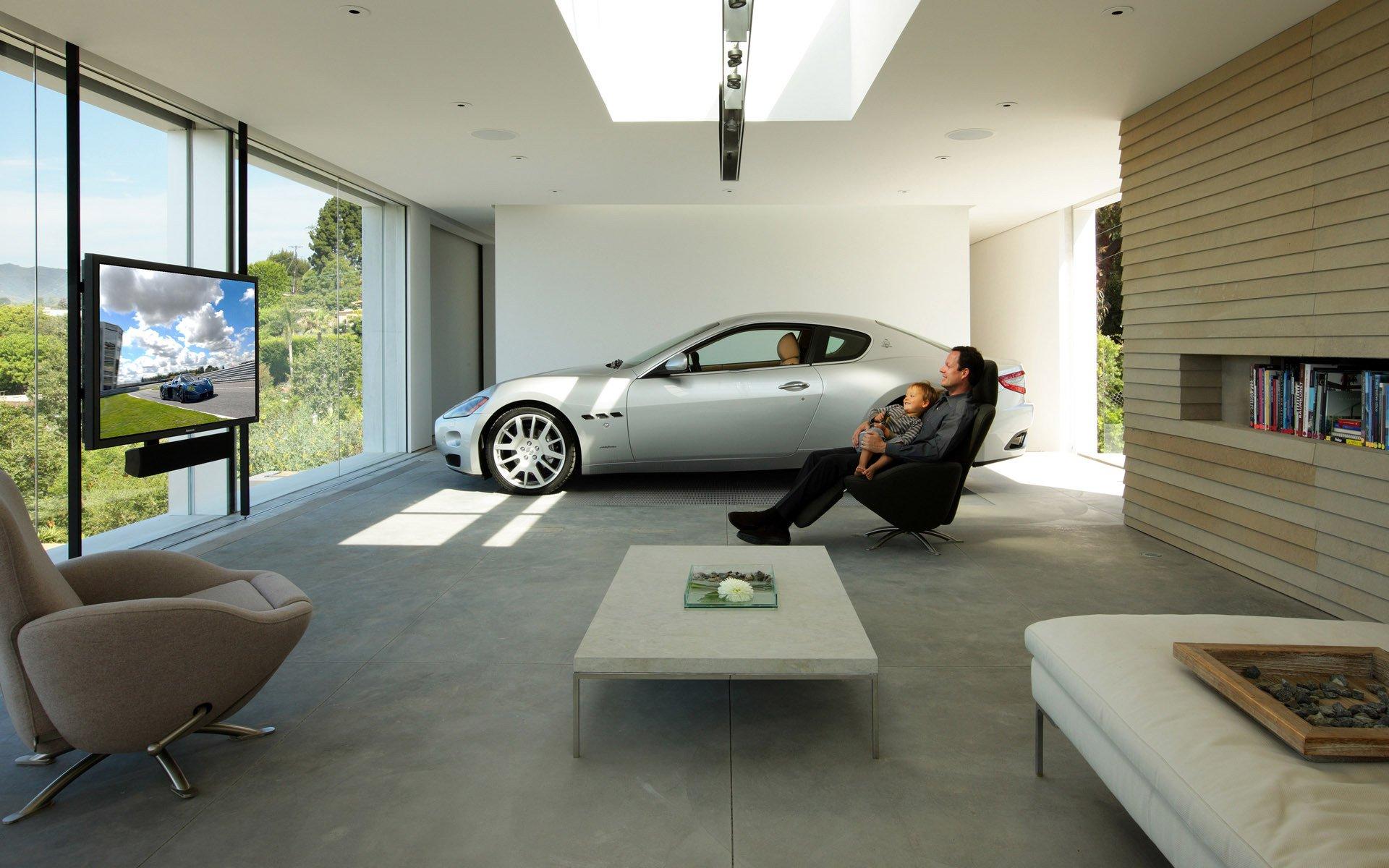 серый автомобиль парковка архитектура бесплатно