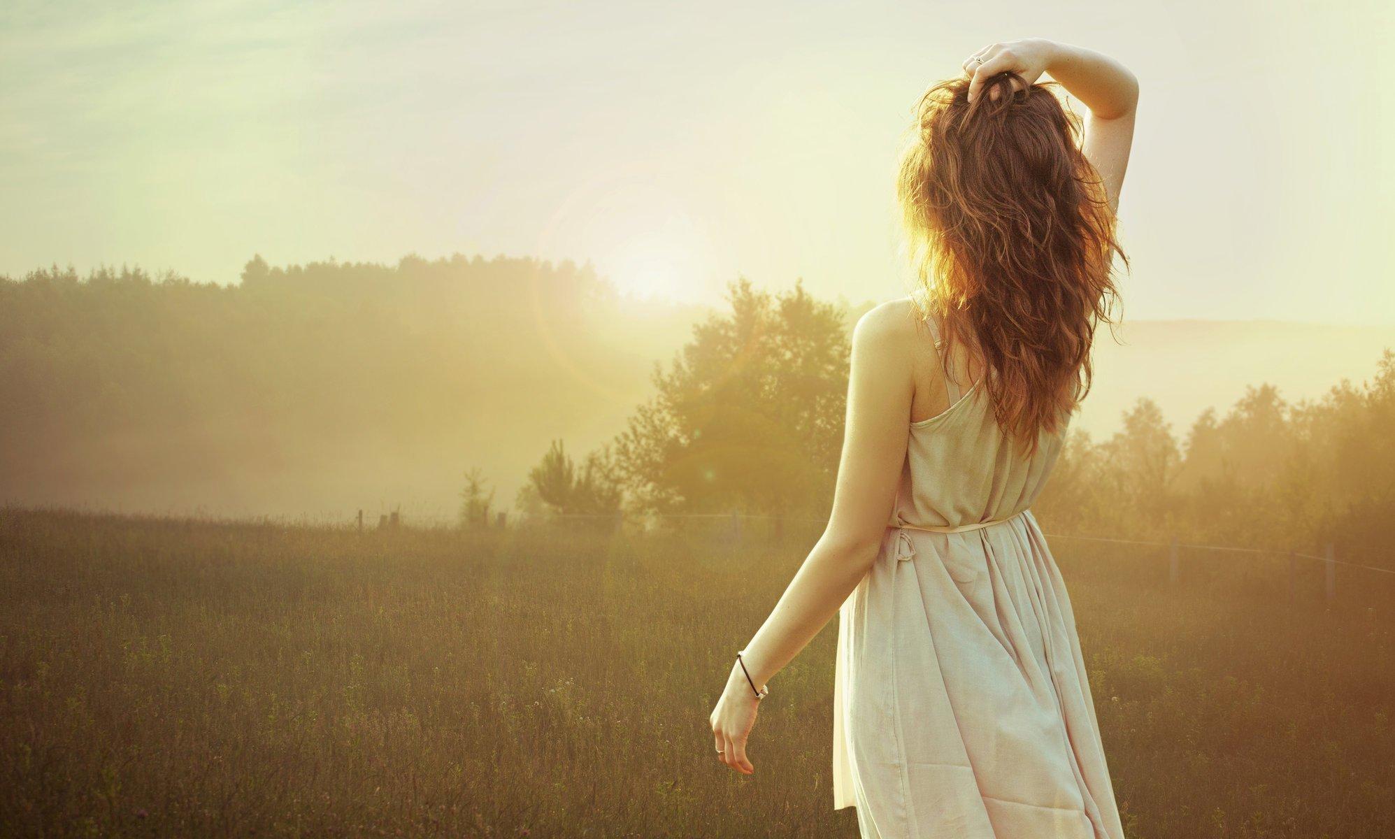 Красивые картинки девушки спина