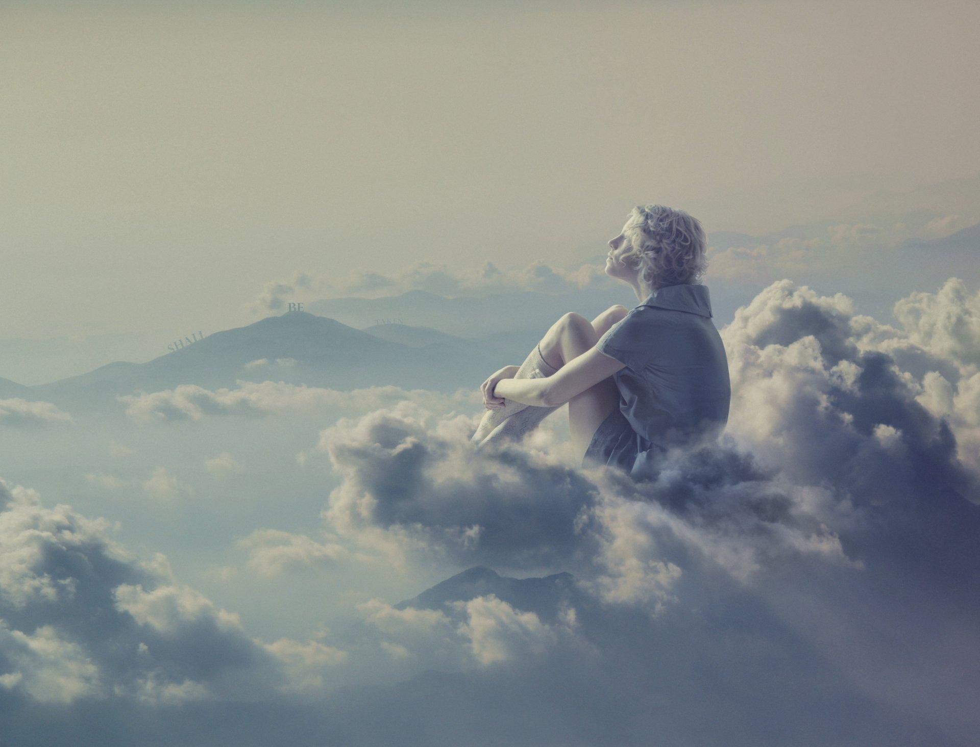 Девушка облако