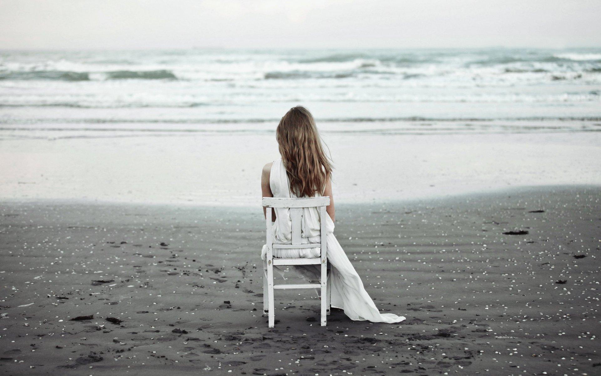компе картинка ждет на берегу моря при подключении