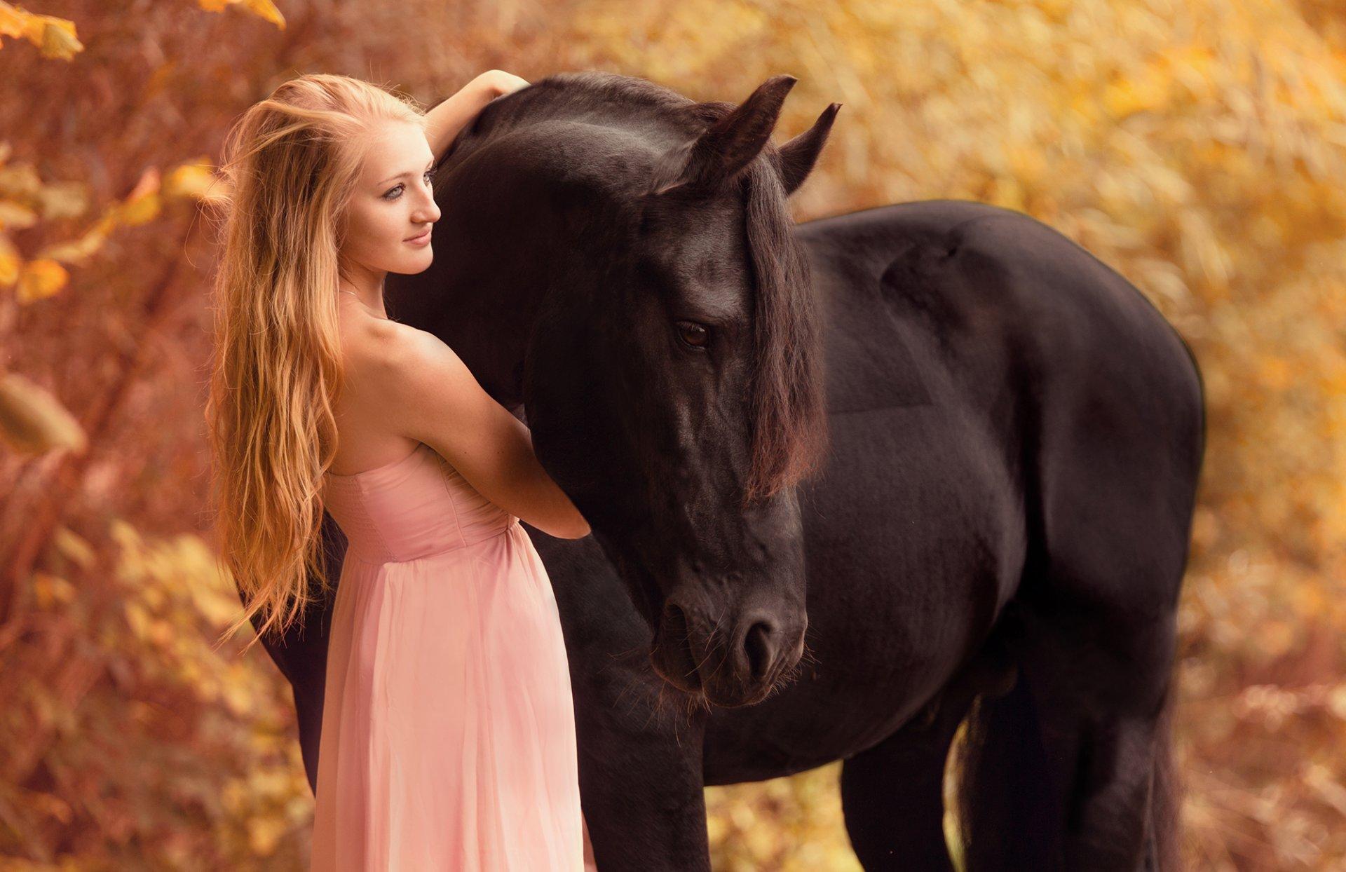 Картинки женщины и животные