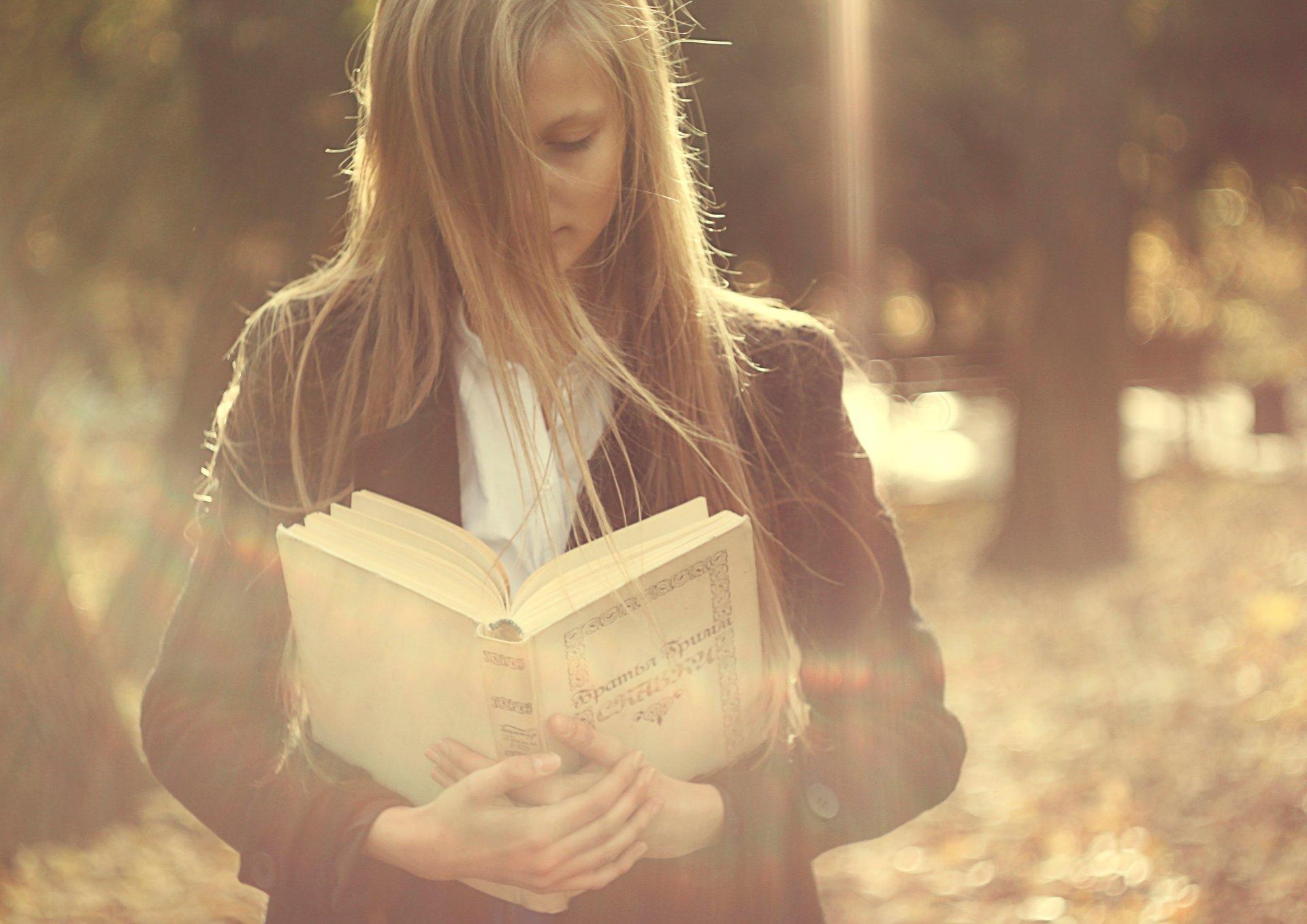 смысл фотографии книги всего