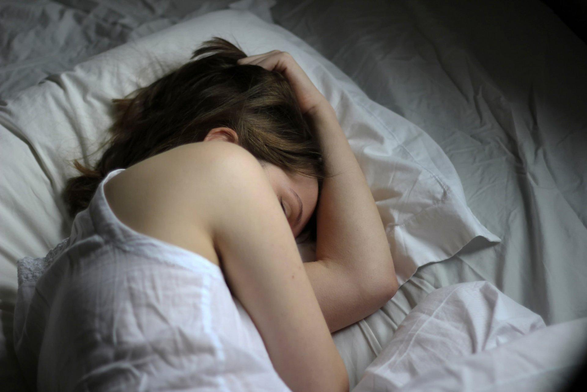 Кончил на трусики спящей фото африканку
