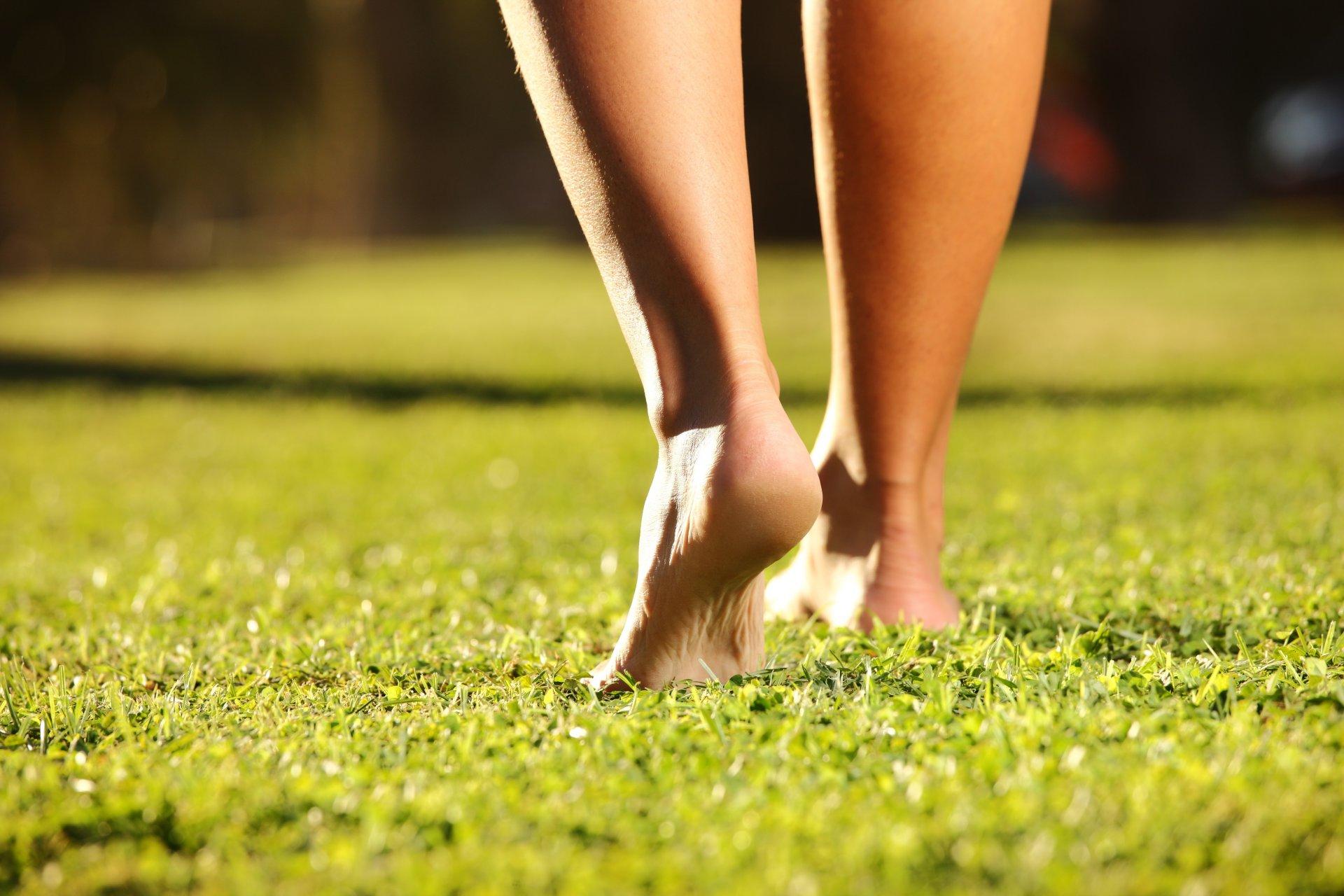 здоровые ноги на картинке когда речь