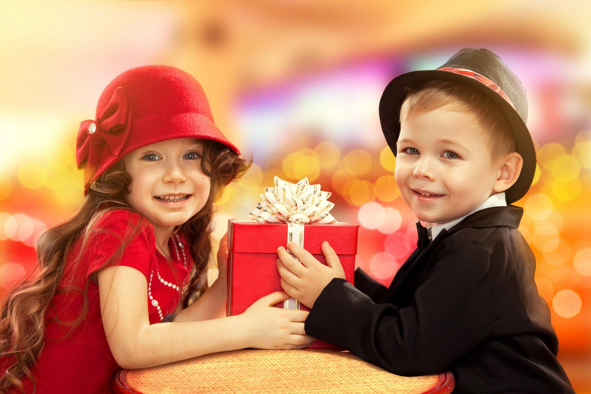 Ребенок не ценит подарки