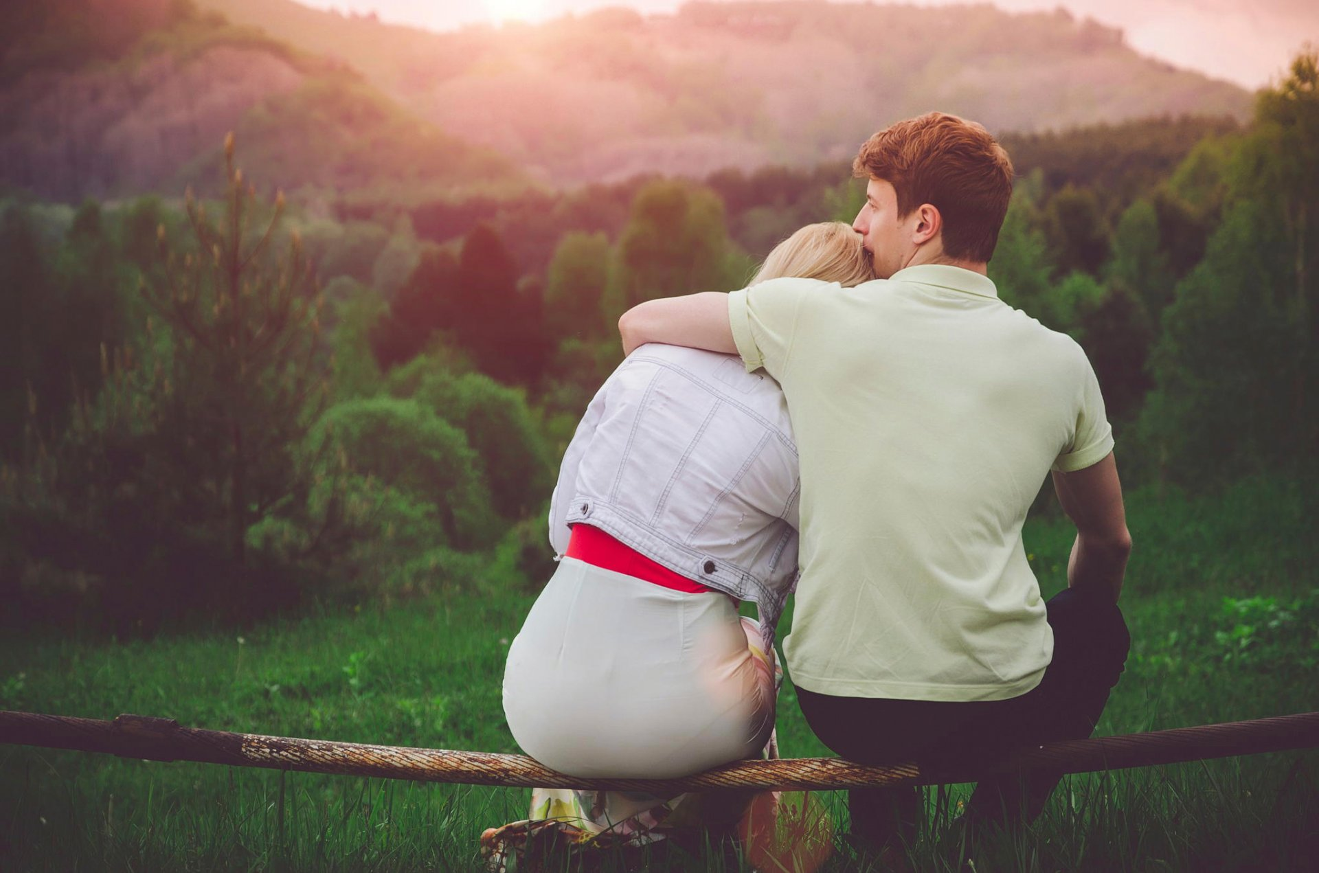 Фото мальчика и девушка, Boy And Girl Love Фото со стоков и изображения 24 фотография