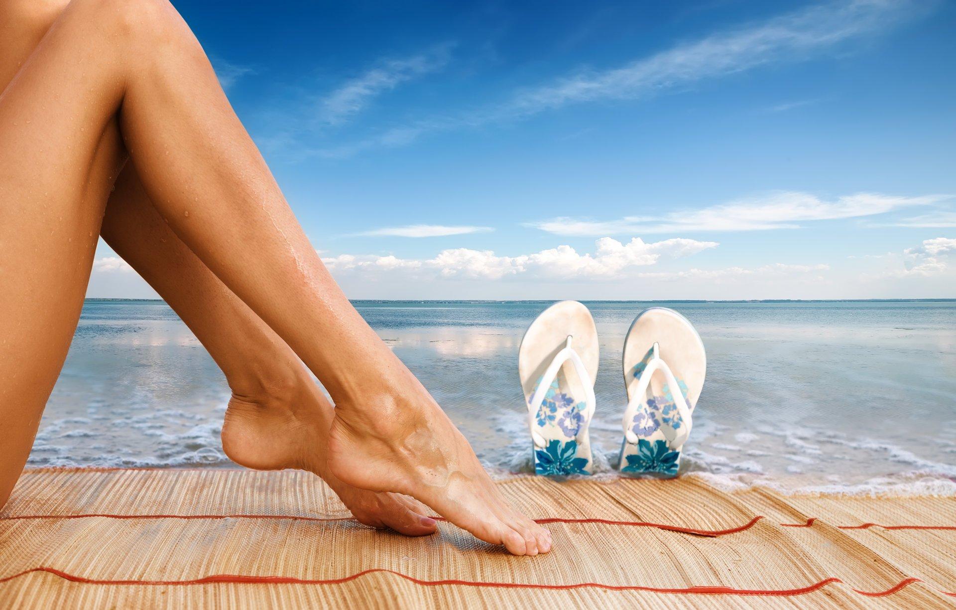 разместить здоровые ноги на картинке свои фото