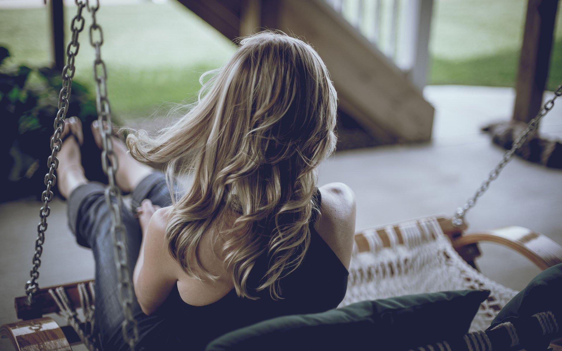 Русые девушки сзади, Фотки красивых девушек брюнеток сзади 18 фотография