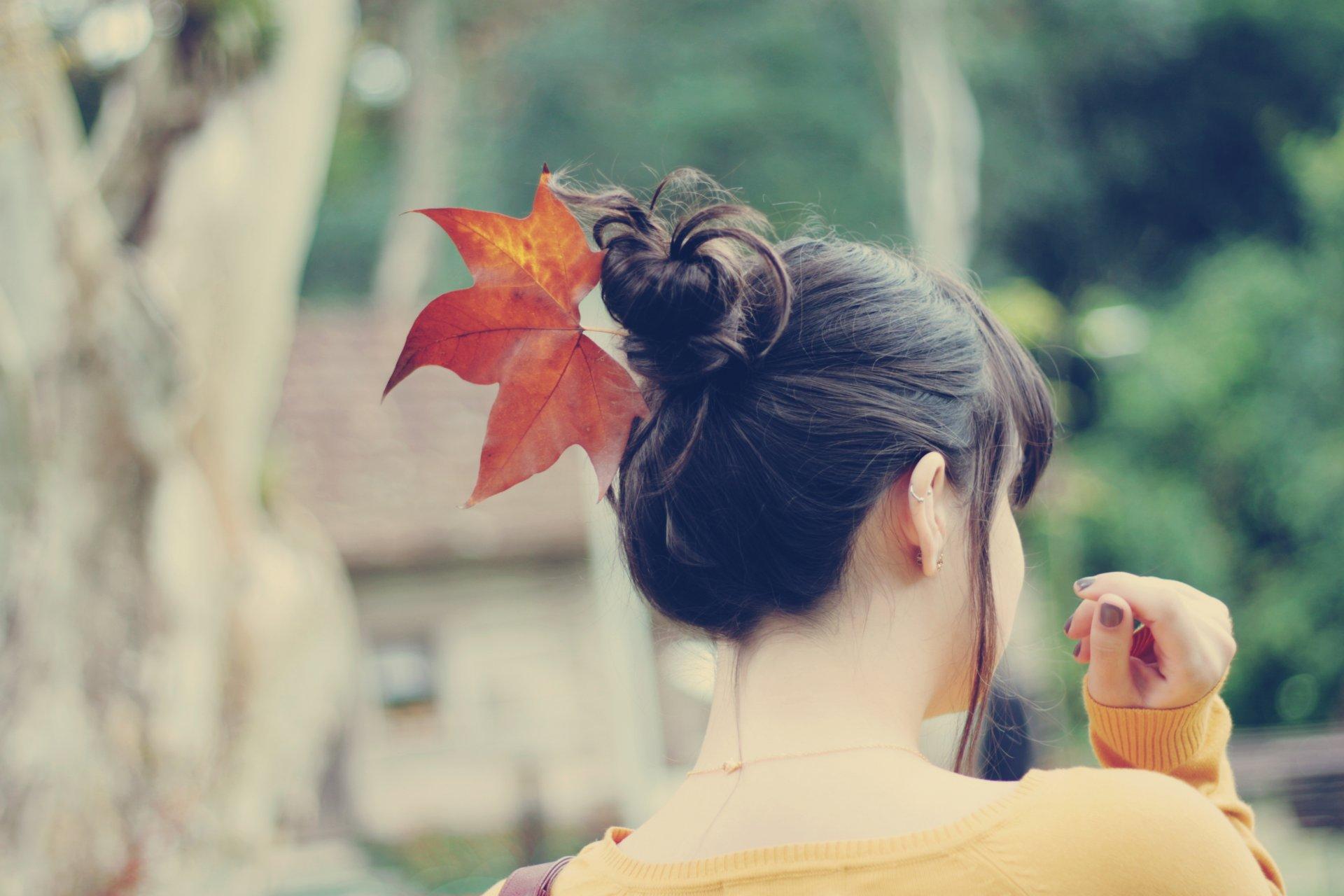 Февраля девочки, картинки девушек спиной осенью