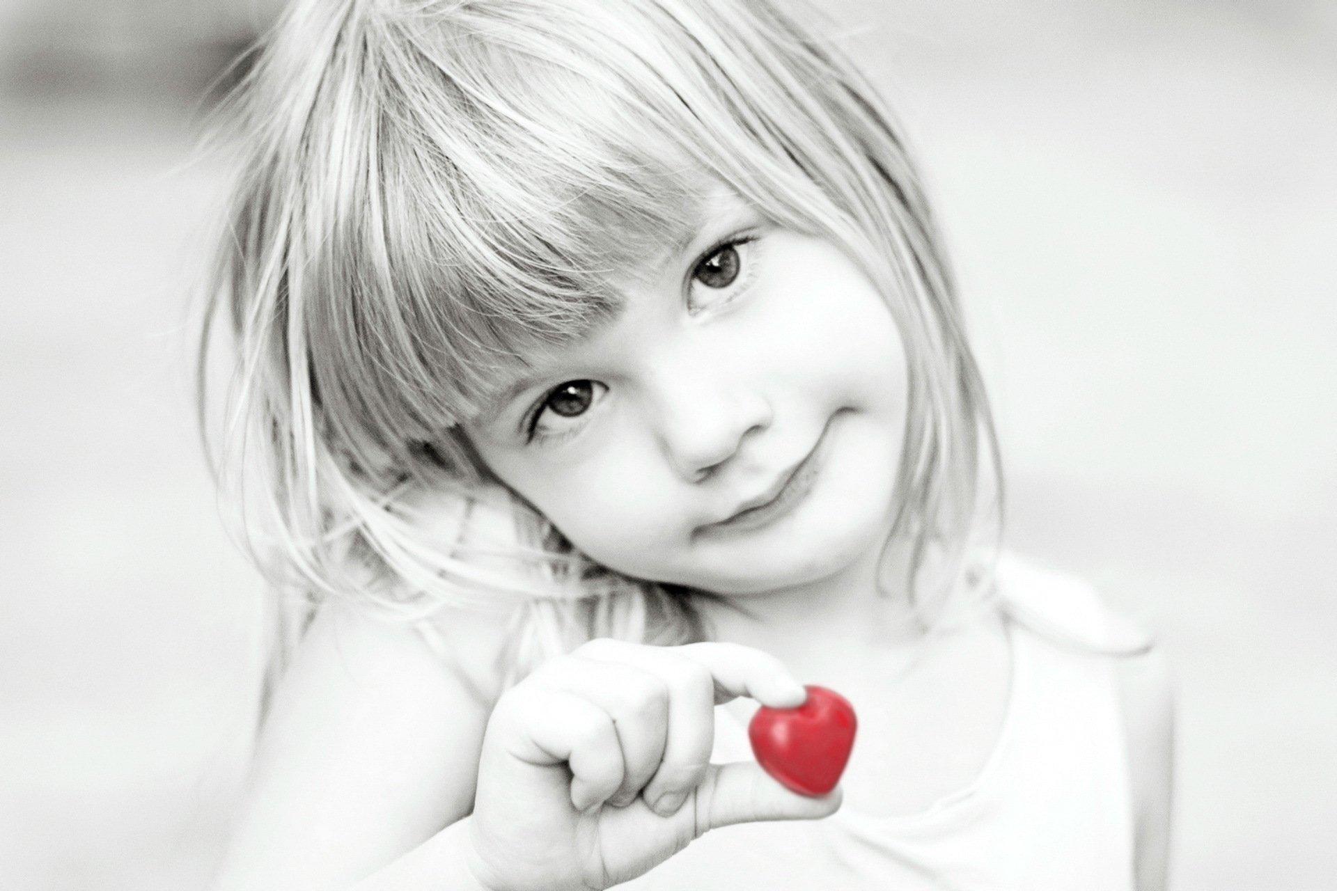 Картинка на аватарку маленькие девочки
