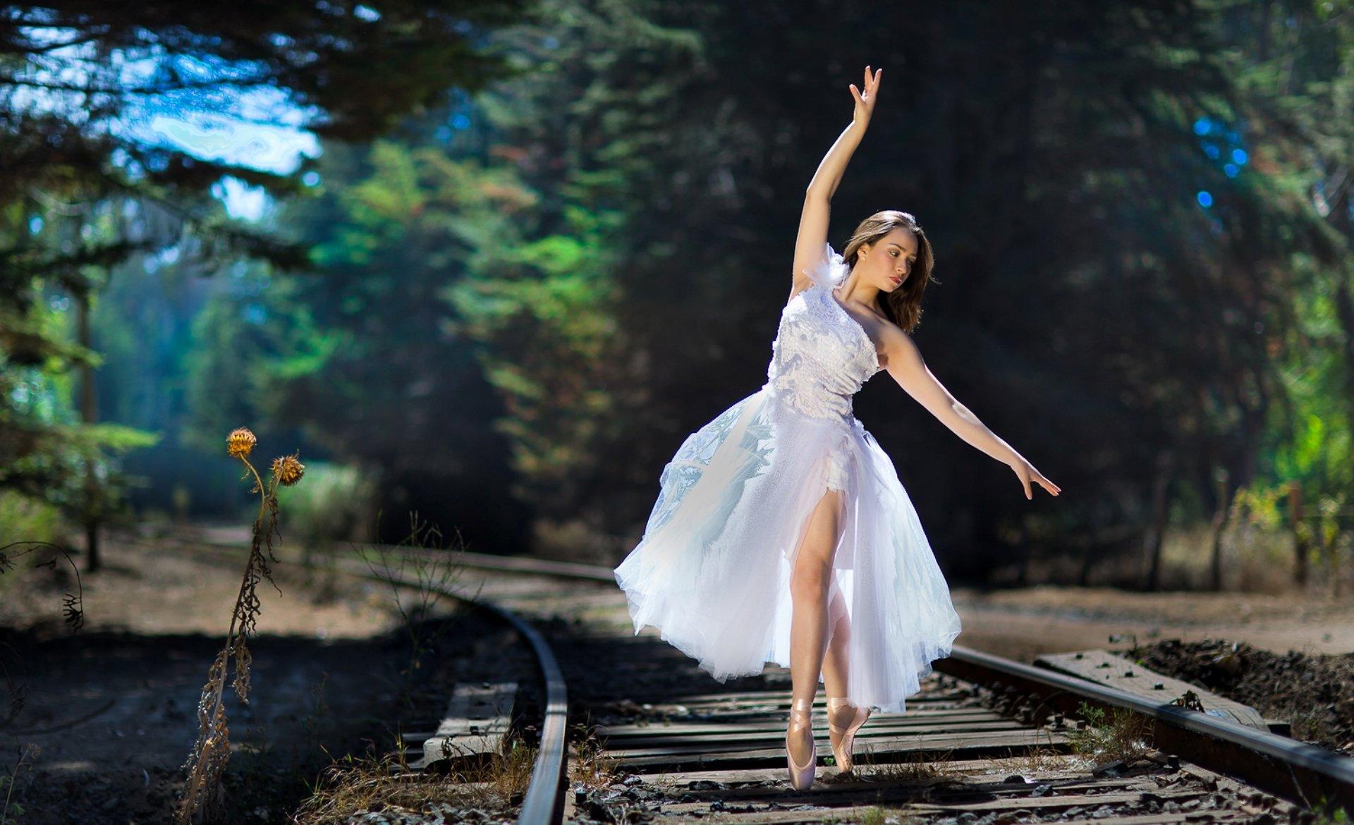 свадебное платье девушка туфли осень бесплатно