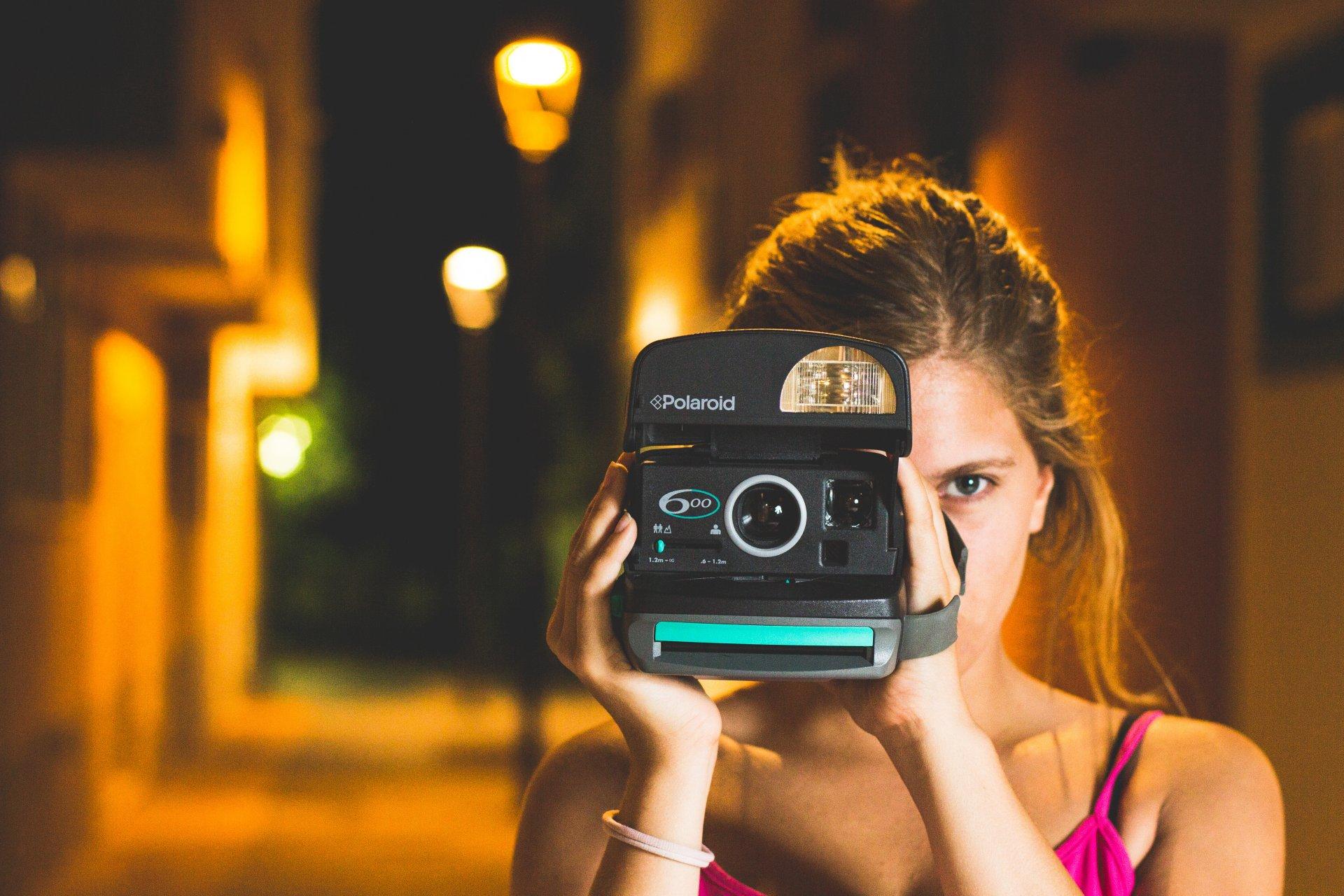 почему фотографы снимают без вспышки участок это