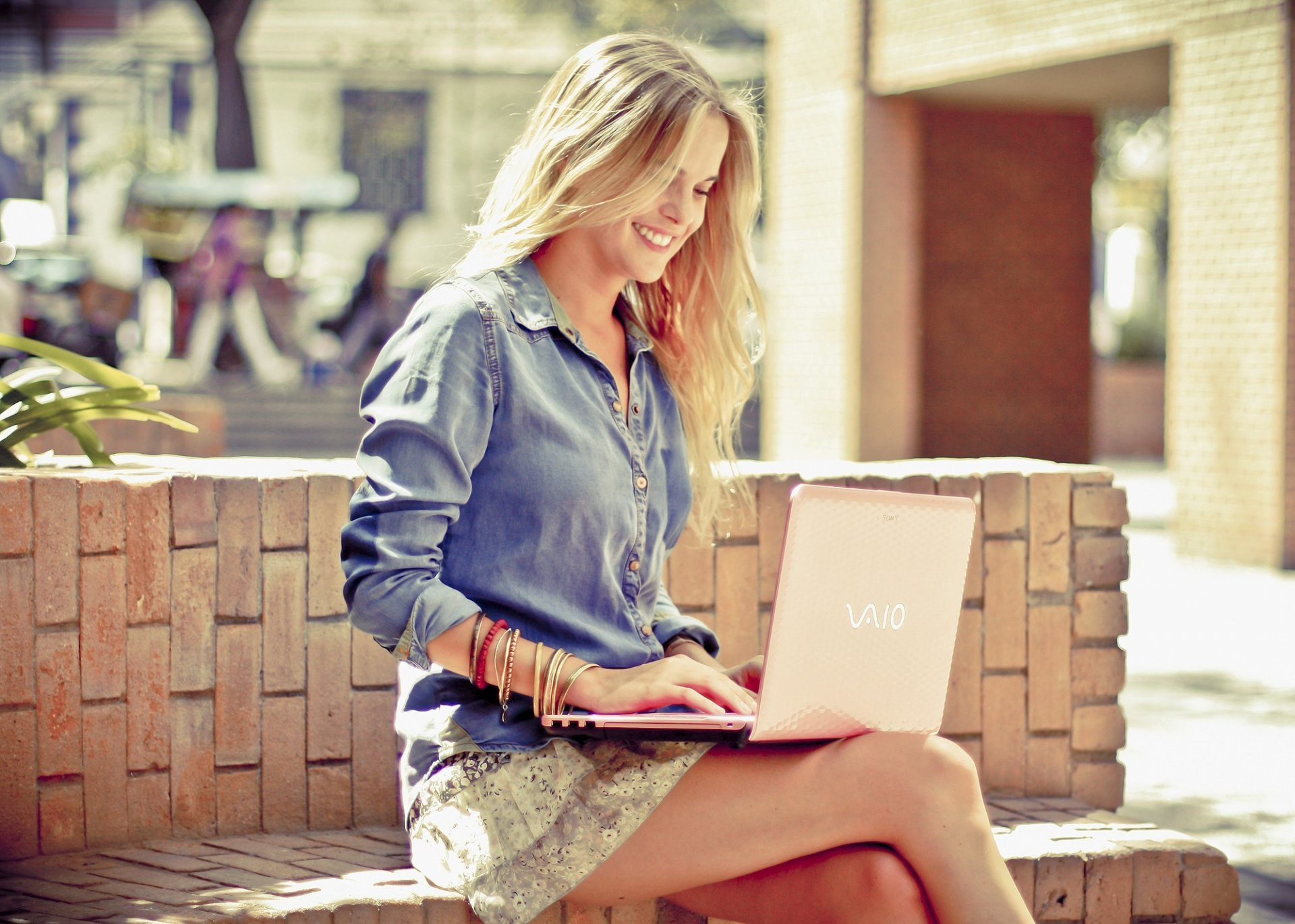 Фото на рабочий стол для ноутбука для девушки