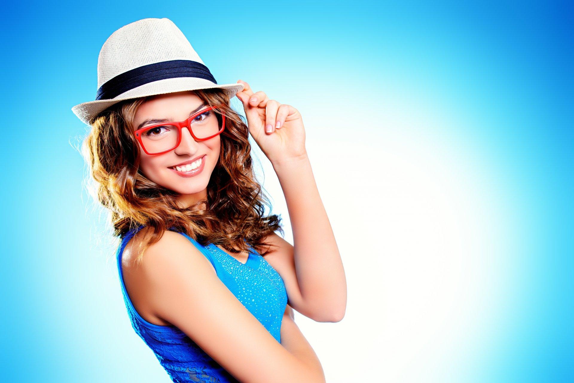 Обои шляпа, девушка, улыбка. Разное foto 9