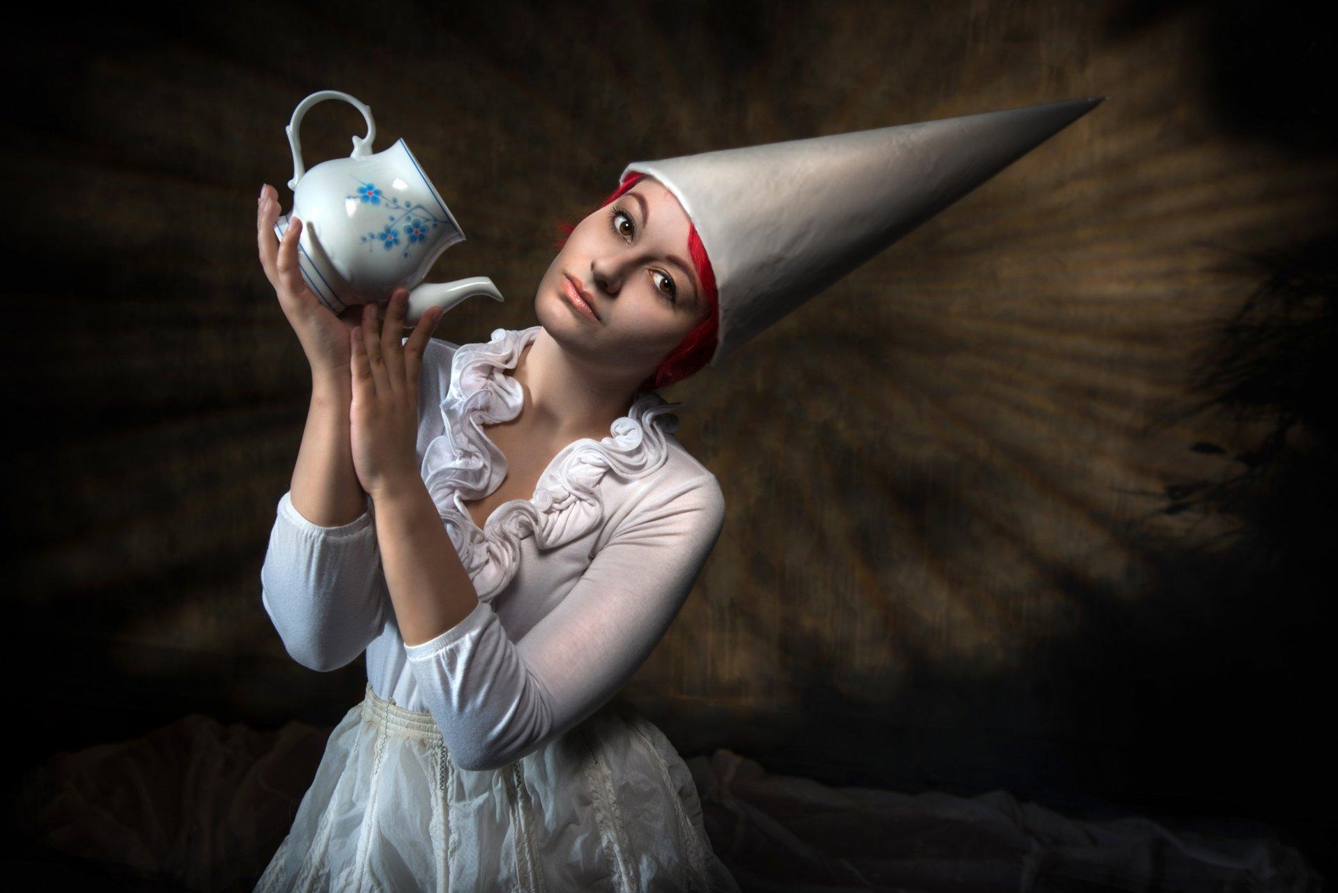 Фото девушка с чайничком