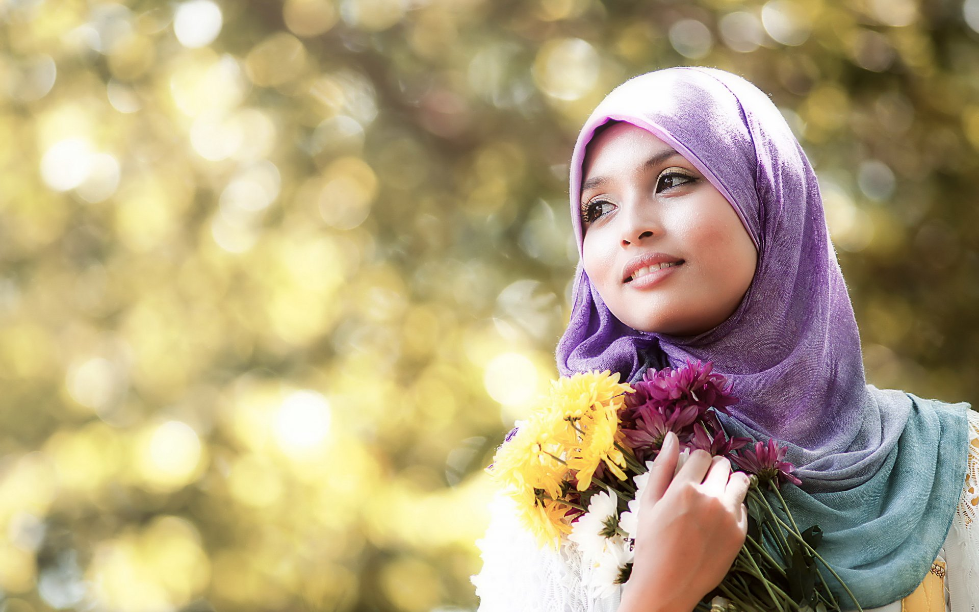 """almyra muslim single women If you are a single muslim woman and you are getting older in your 30's you have to be more practical in your search of a husband there is a stigma in arab/south asian/persian culture that says that single unmarried women are """"undesirables""""."""
