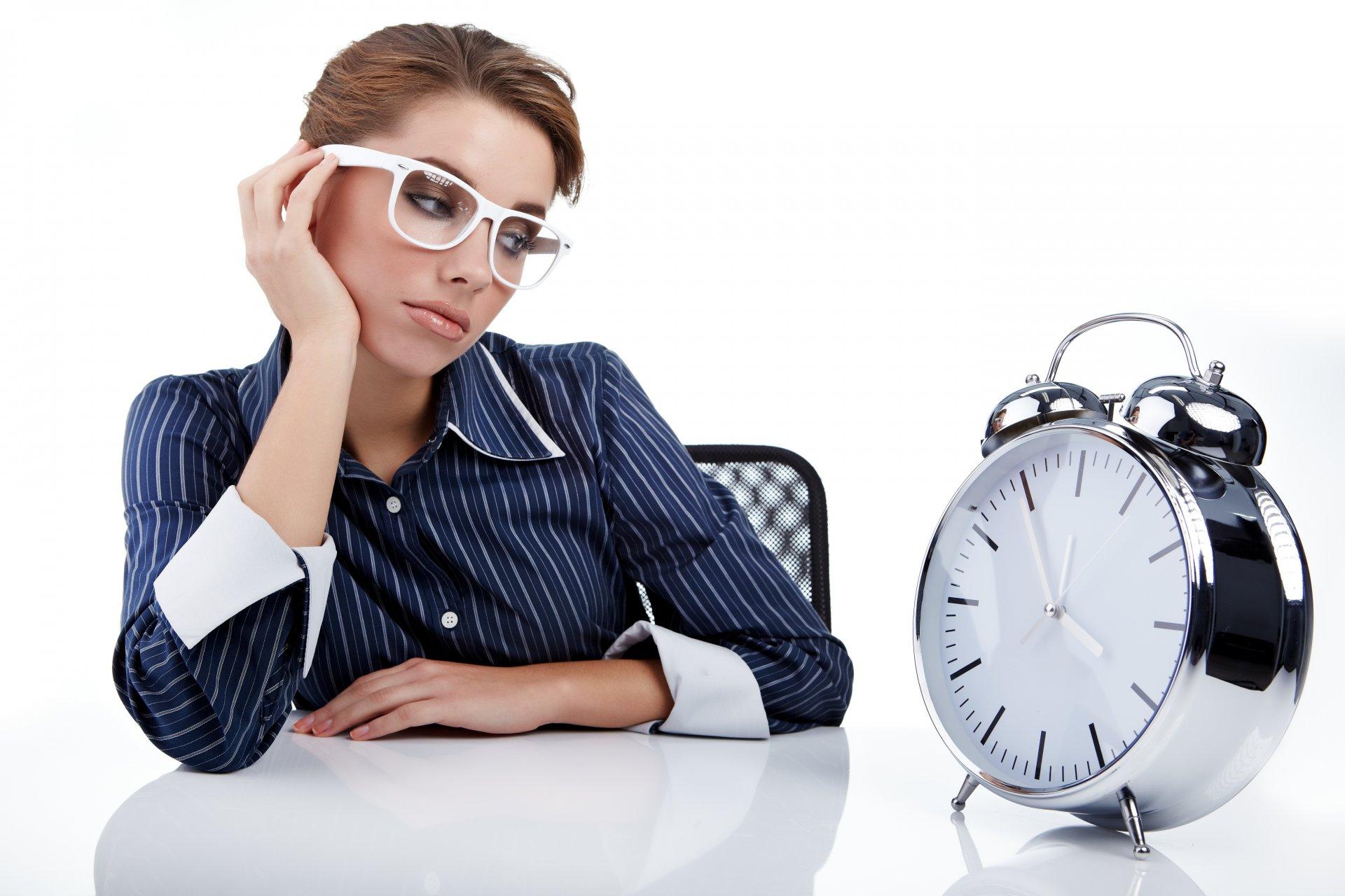 все поиск фото часы работы речь