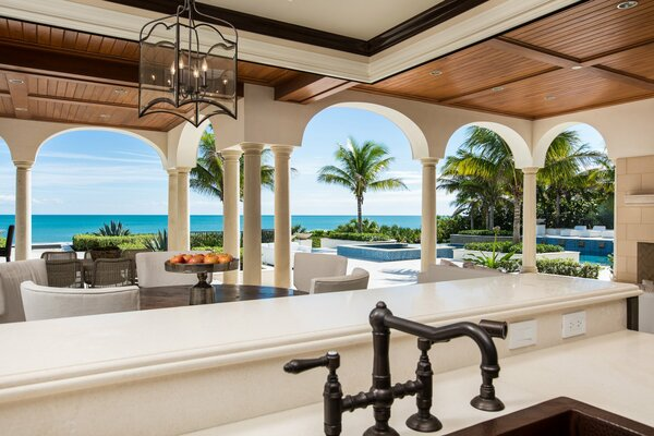 terrace luxury pool palm ocean
