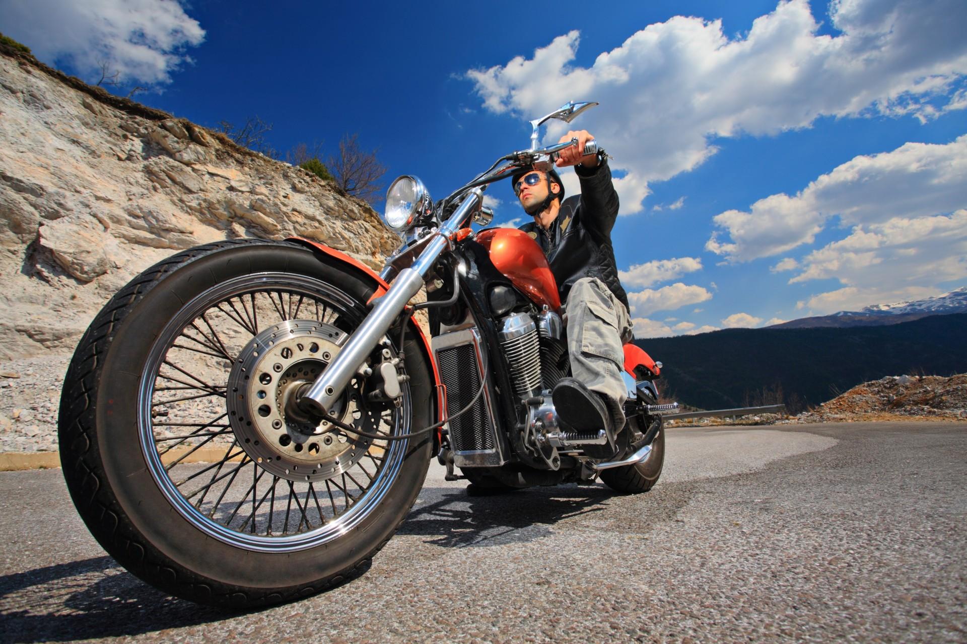 Harley Davidson. На дороге жизни. (Саладини А., Сцимезак П.)