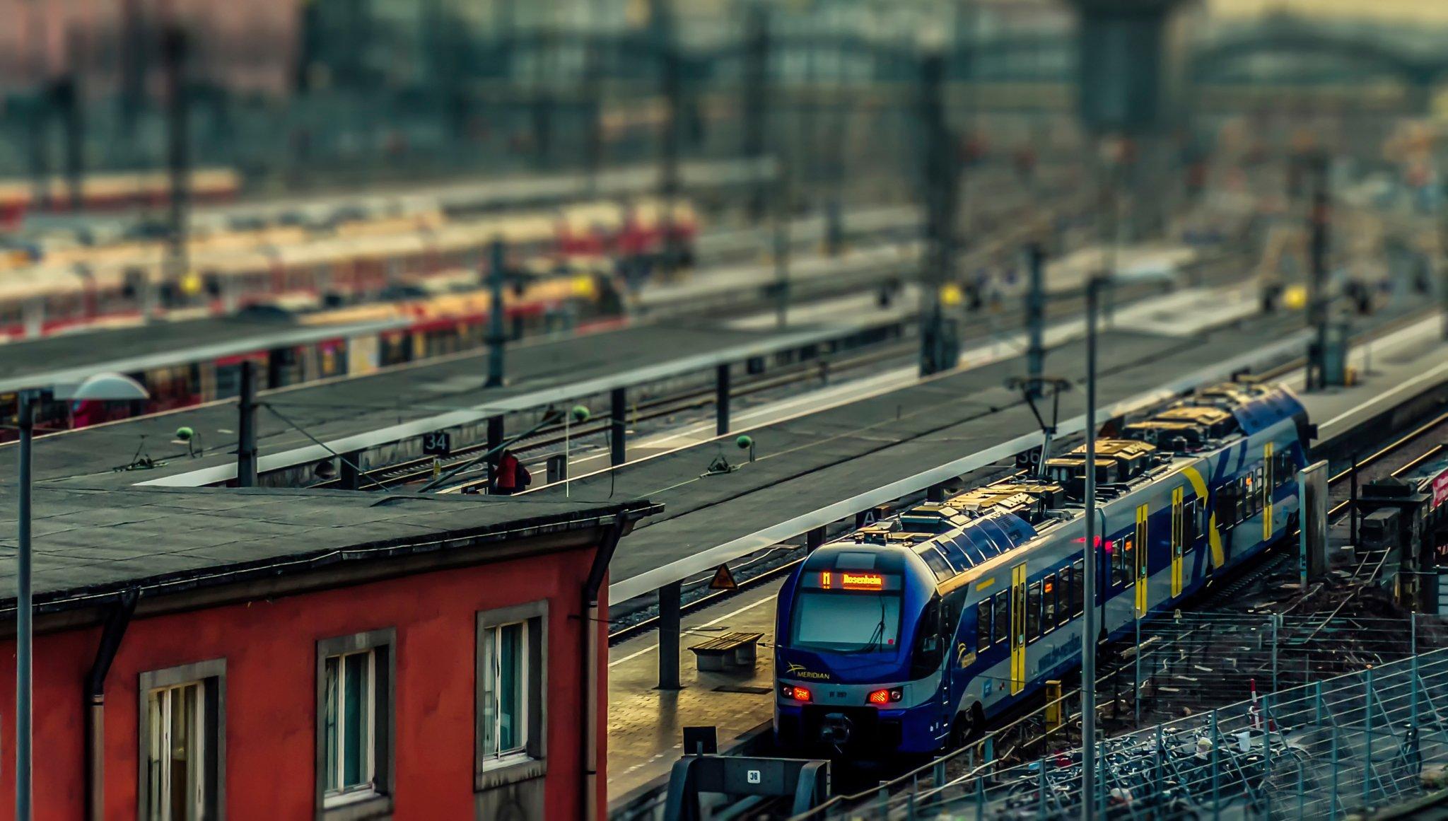 фото поездов для авы итальянской столице, как