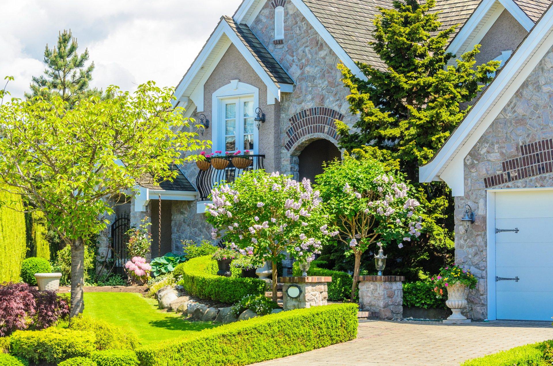 Обои кусты, особняк, дизайн, цветы, газон. Города foto 10