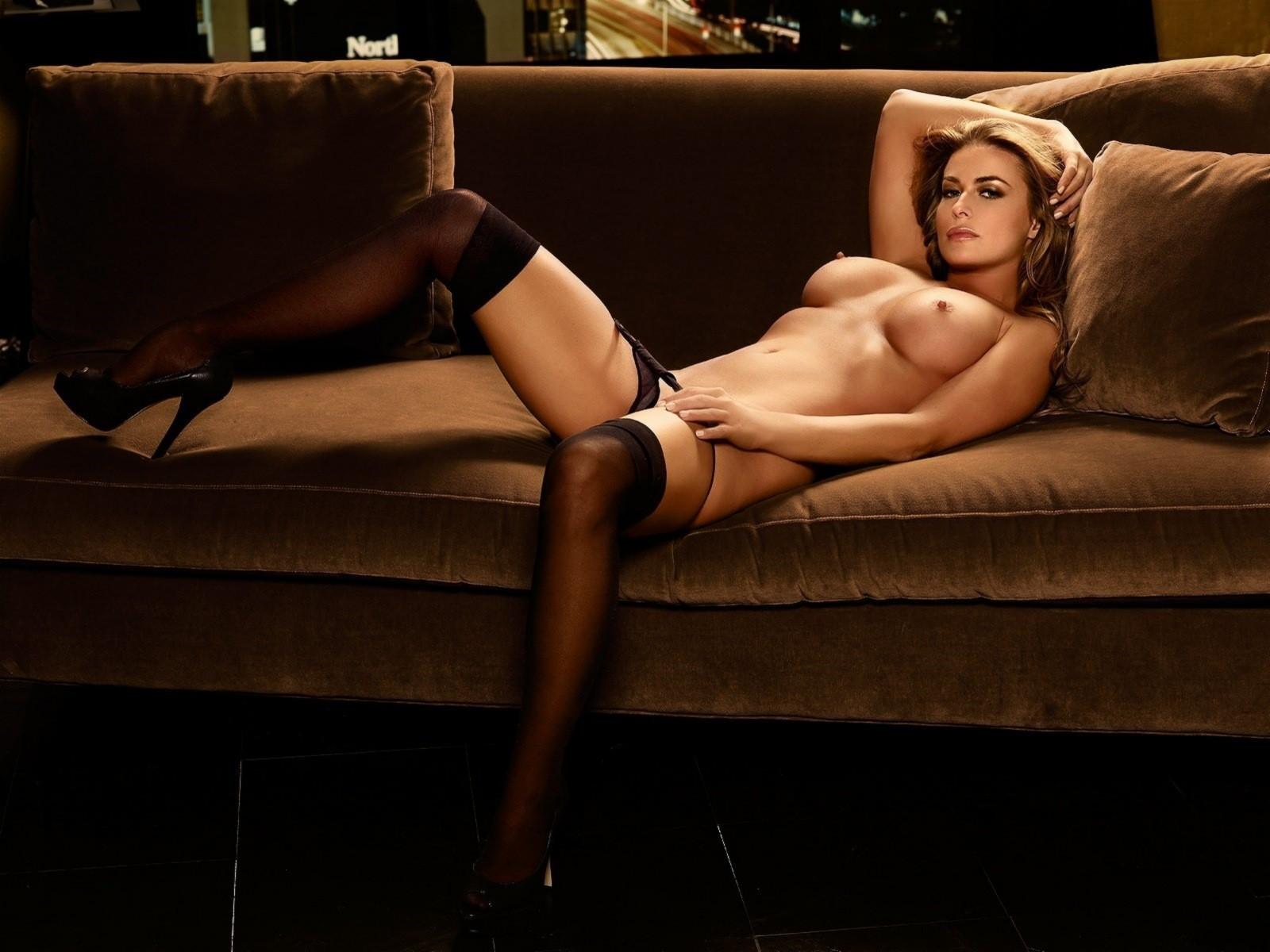 Фото голых модели в чулках, Новые галереи модели, в чулках. Голые девушки 20 фотография