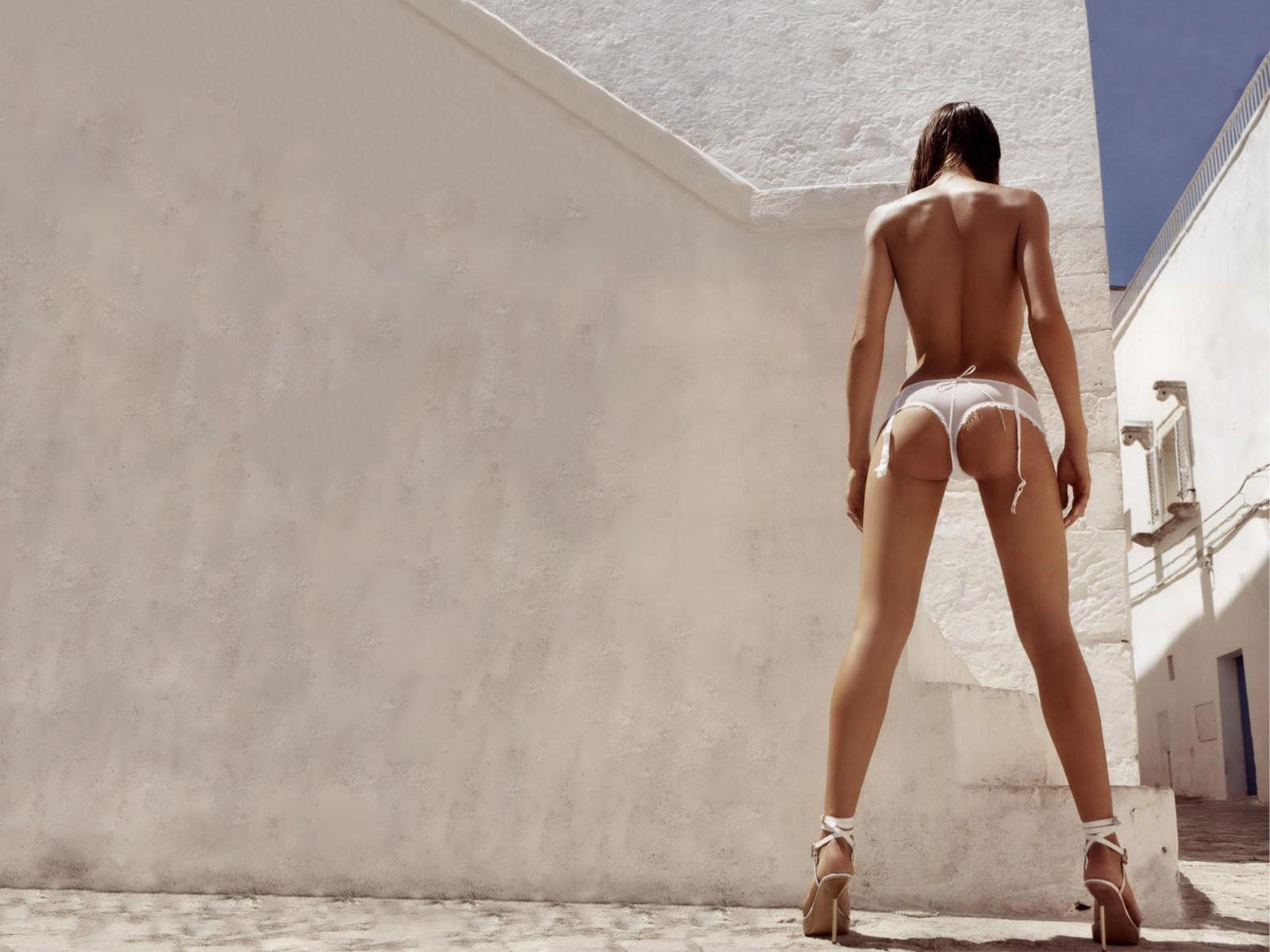 Сексуальные фото девушек вид сзади стоя — 8