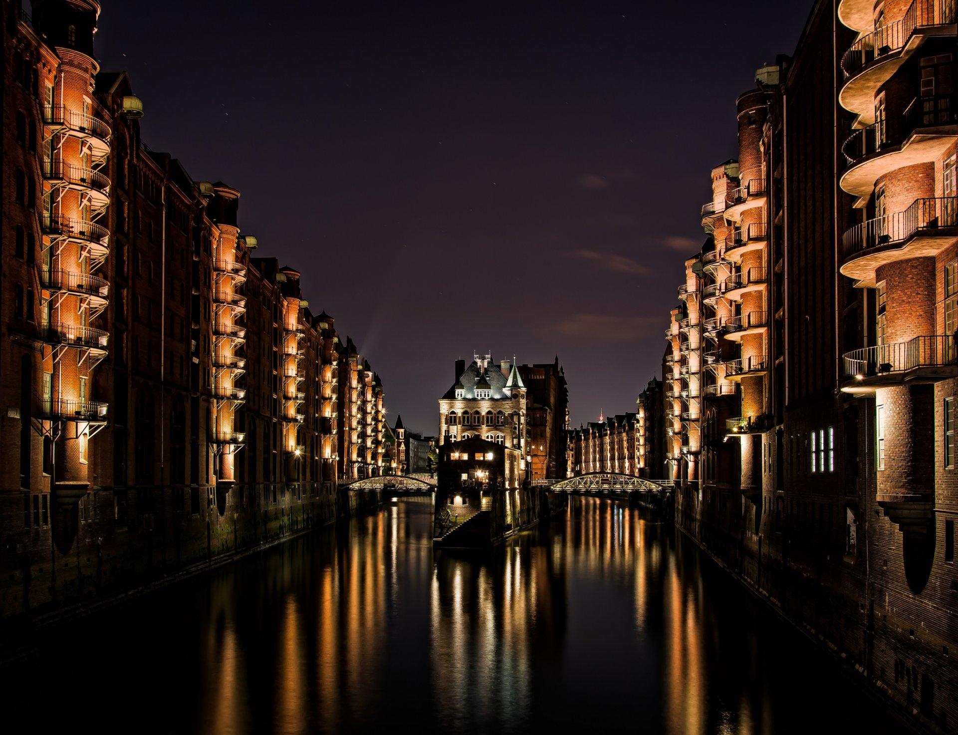 нравится цвет, картинка старинного города в коричневых тонах на обои них тургеневы восстанавливать