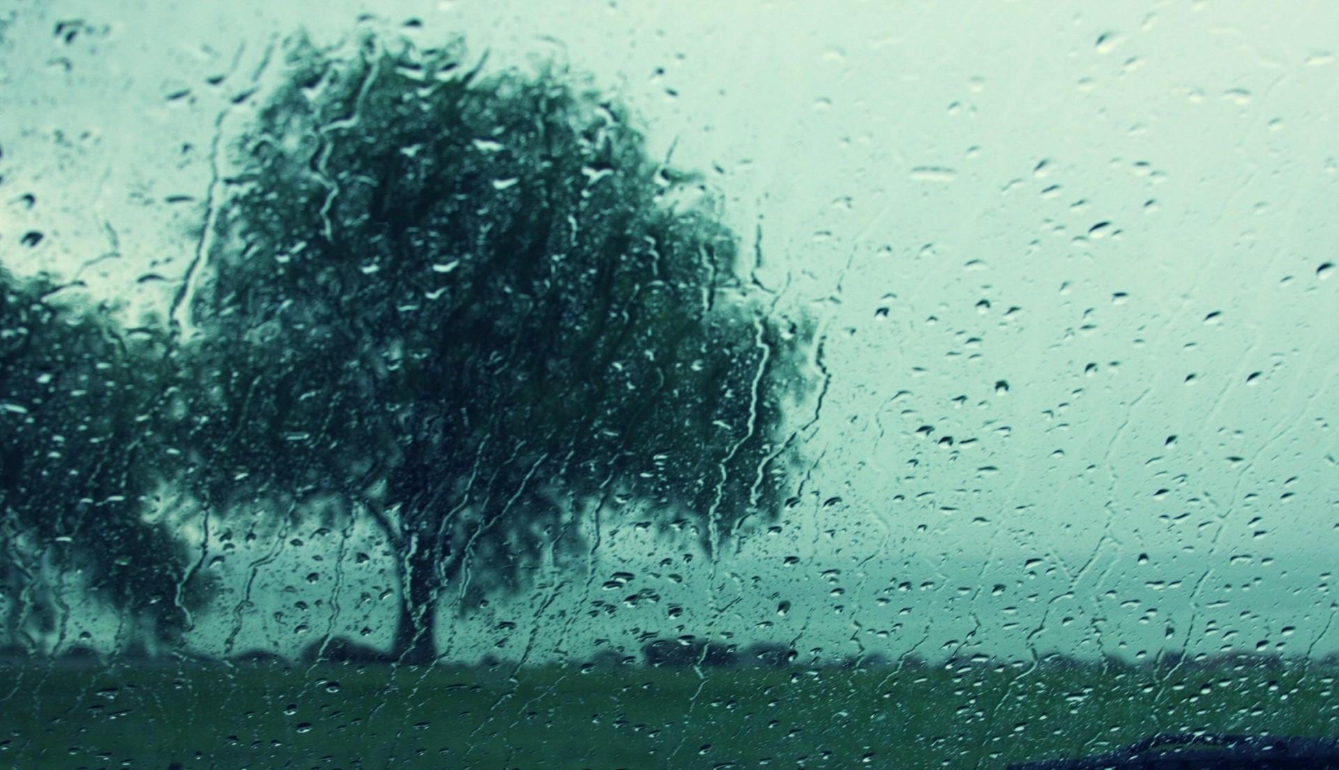 грустные фотки дождь предложите ребенку раскрасить