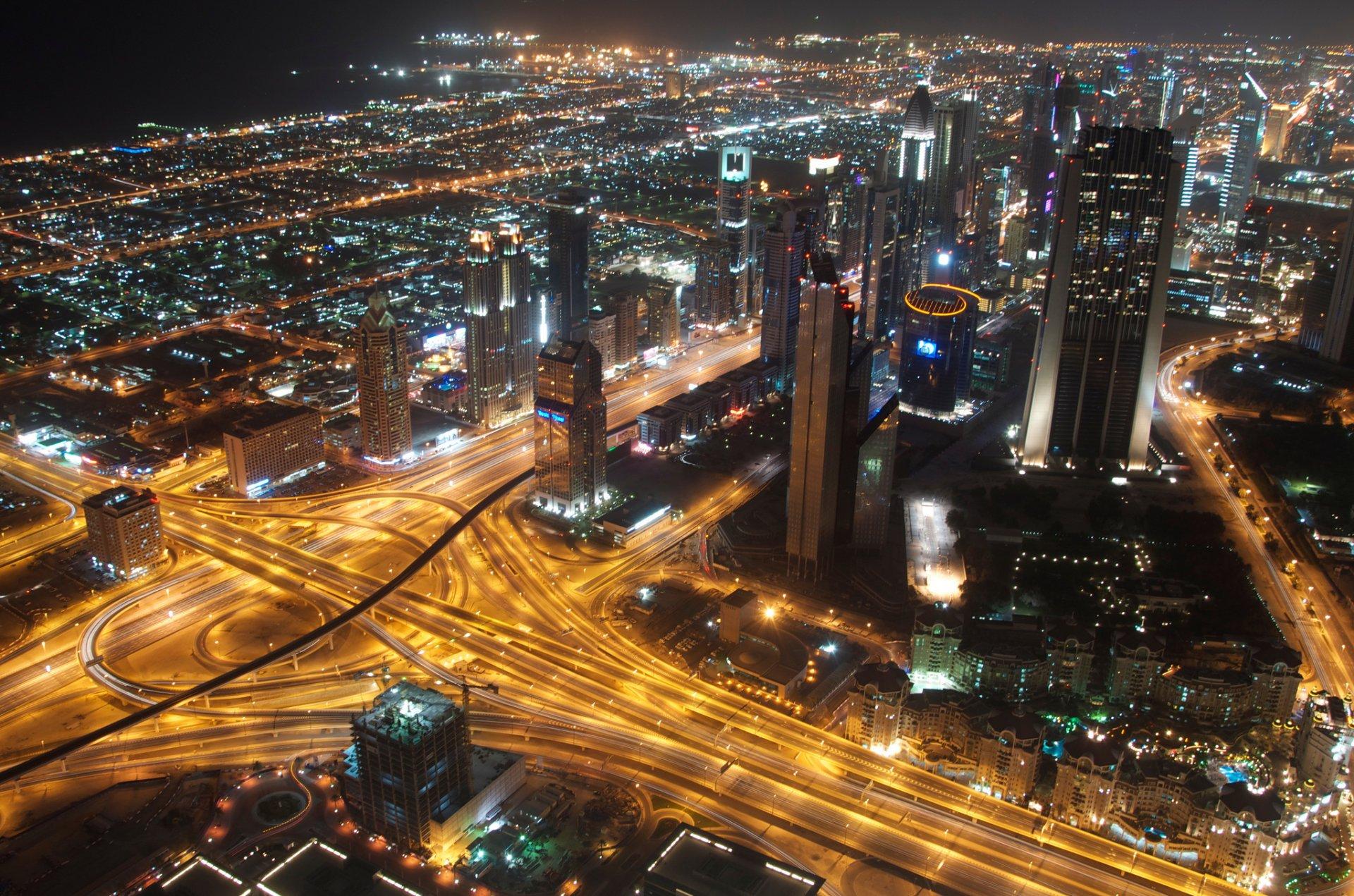 Обои сверху, дороги, Объединённые арабские эмираты, ночь. Города foto 8