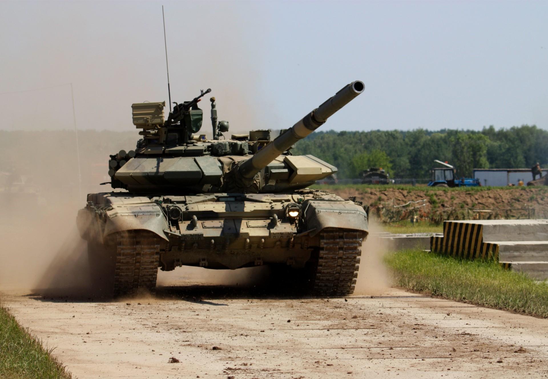 технику военную фото на