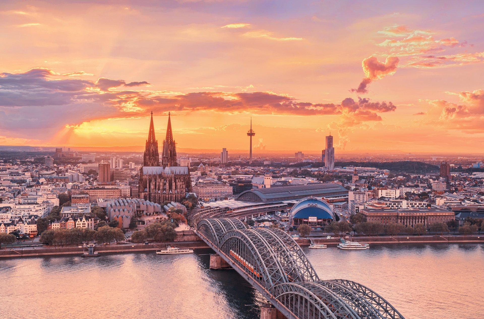 Картинки красивых городов мира на рабочий стол, открыткам новому году