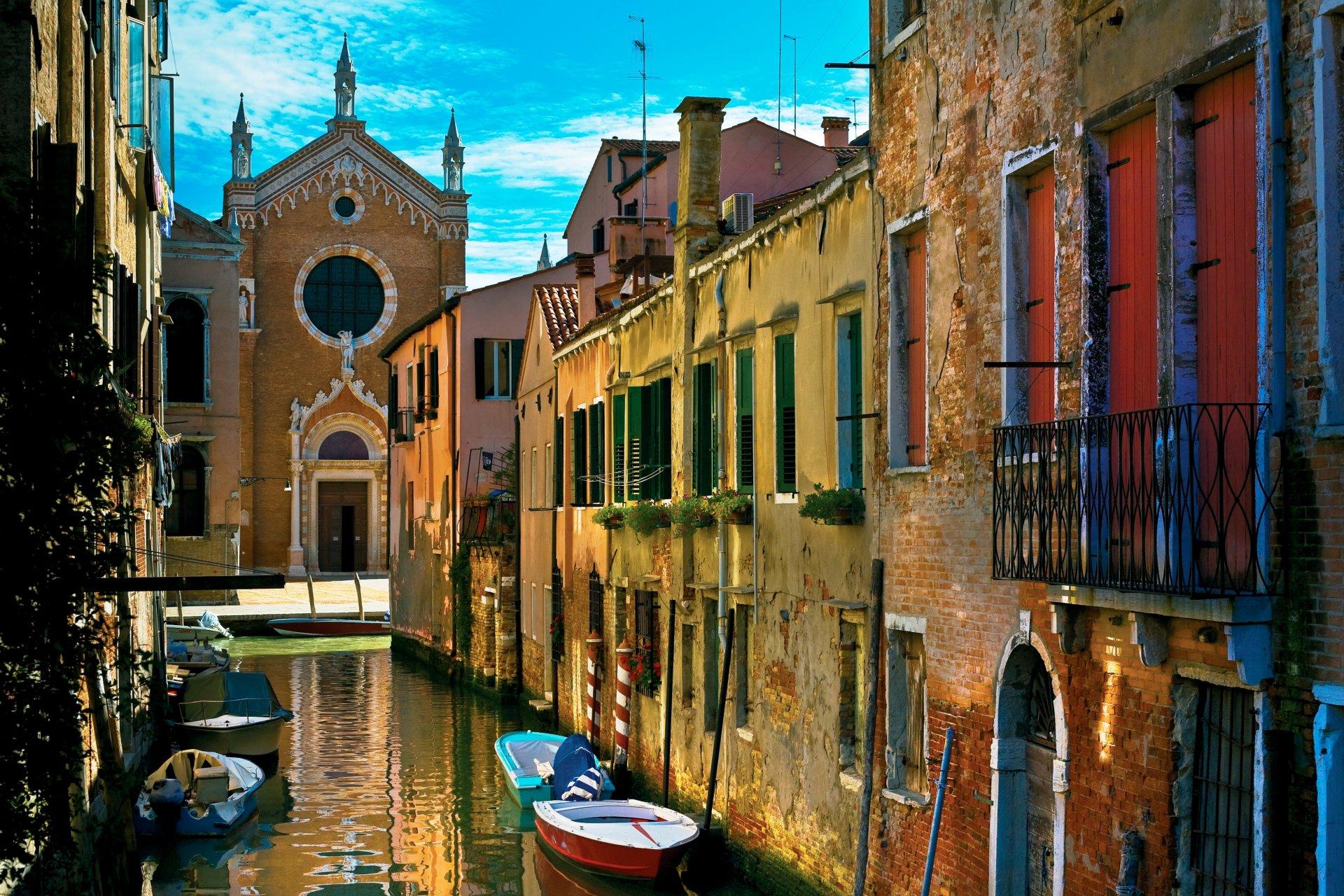 Обои канал, лодки, венеция, мосты, дома, улицы. Города foto 17