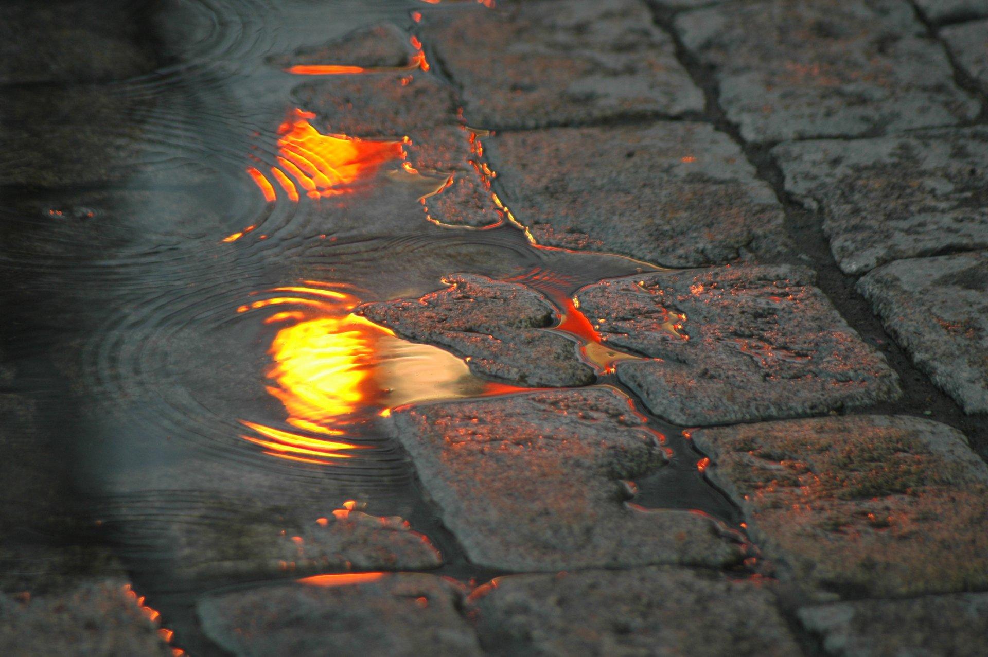 Обои лужа, дождь, мостовая. Города foto 11