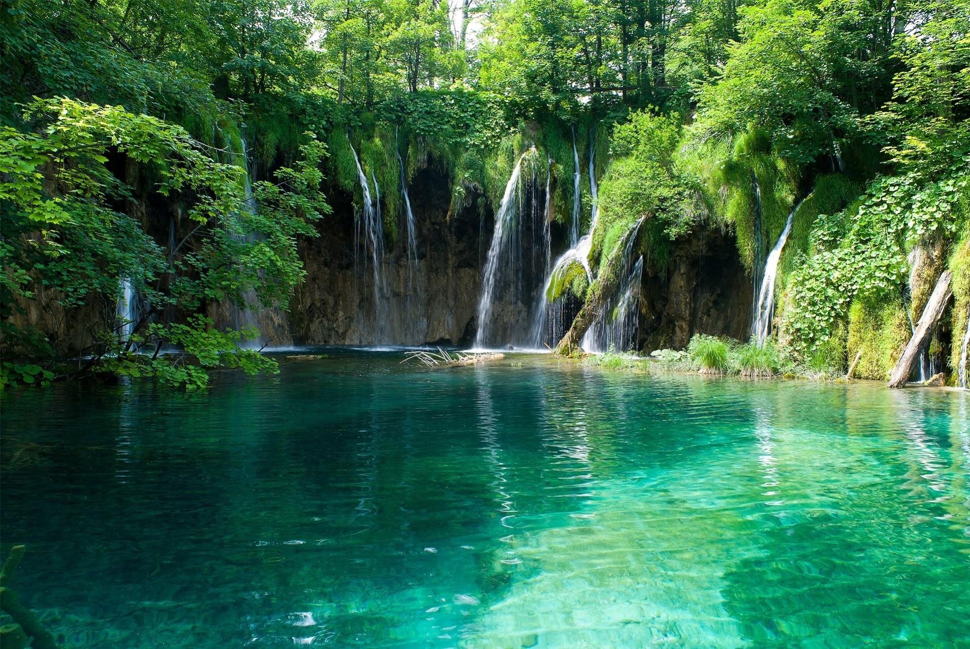 Картинки водоемов с водопадом